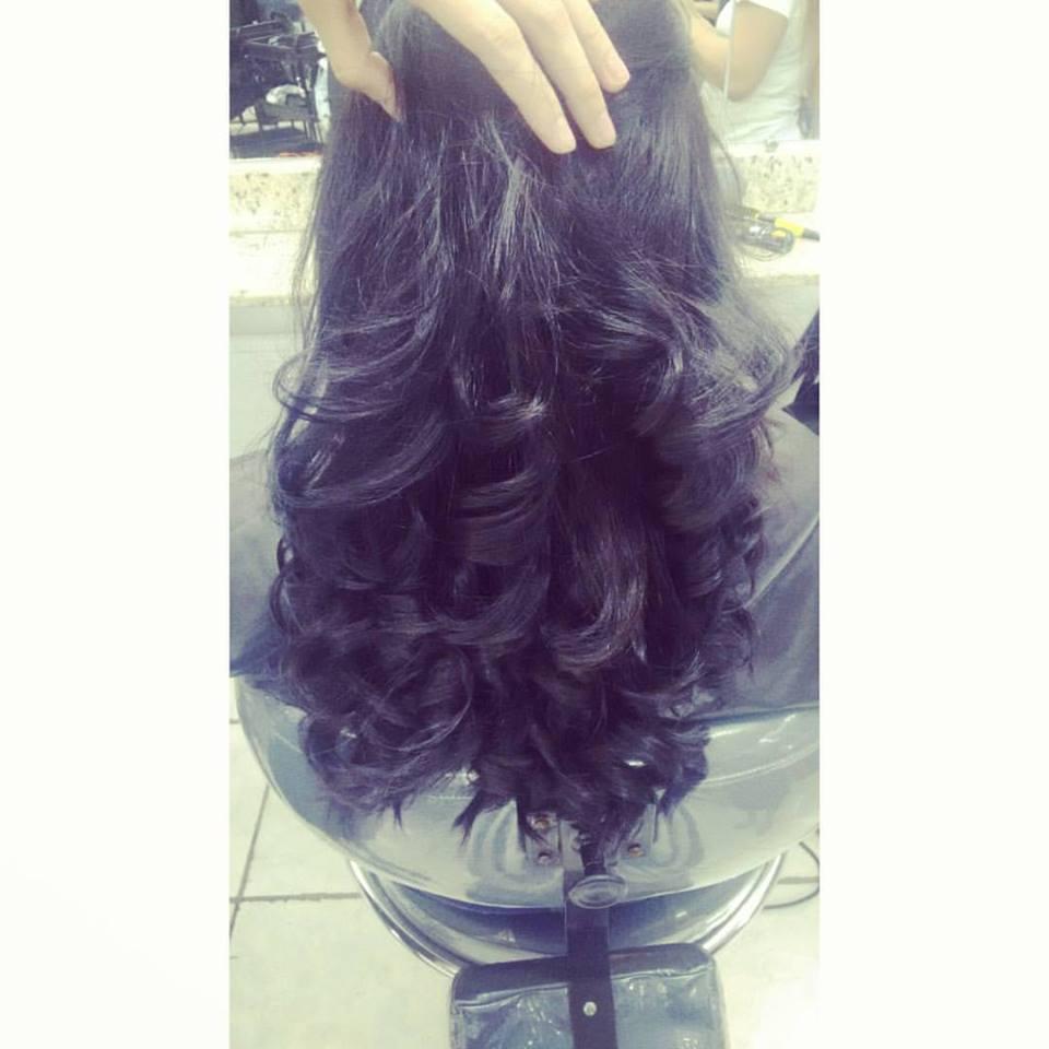 Coloração+ escova modelada cabelo cabeleireiro(a) auxiliar cabeleireiro(a)