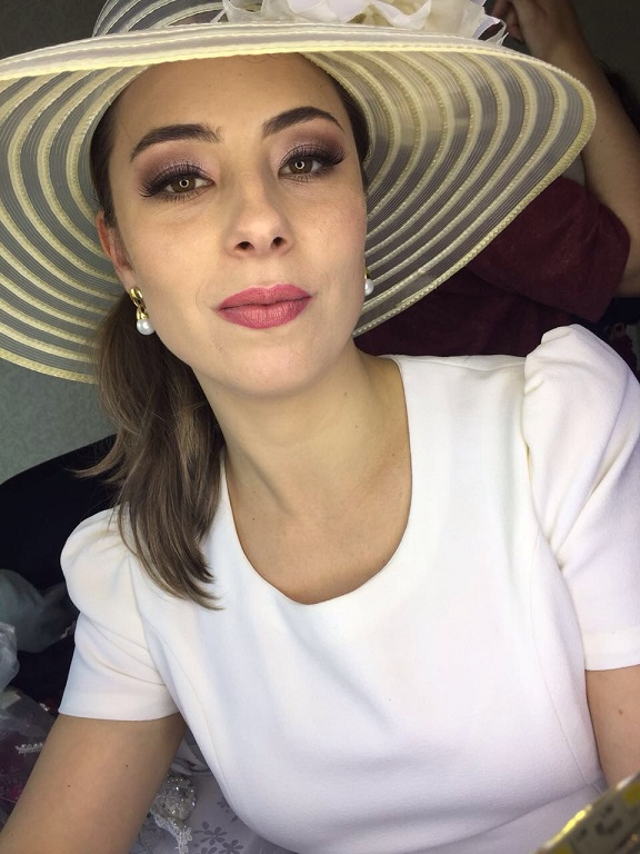 Maquiagem noiva romântica para editorial de moda - Instagram @geisamedeirosmakeup #MakeUp #InstaMake #Maquiagem #MaquiagemDeFesta #MaquiagemProfissional #MaquiagemSocial #MaquiagemNoiva #GeisaMedeirosMakeUp #PPF #PausaParaFeminices #Vult #VultCosmética #Bitarra #MaryKay #RubyRose #Luisance #Dailus #QuemDisseBerenice #Contém1g #Morphe #PincéisMacrilan #LuFerraes #Mac maquiagem maquiador(a) designer de sobrancelhas