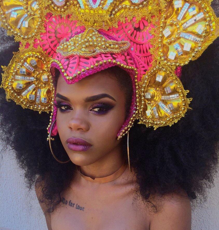 Aquela maquiagem digna de arraso!  #makecarnaval maquiagem