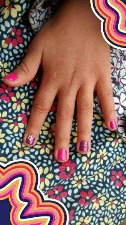 Manicure Criança unha manicure e pedicure estudante (manicure)