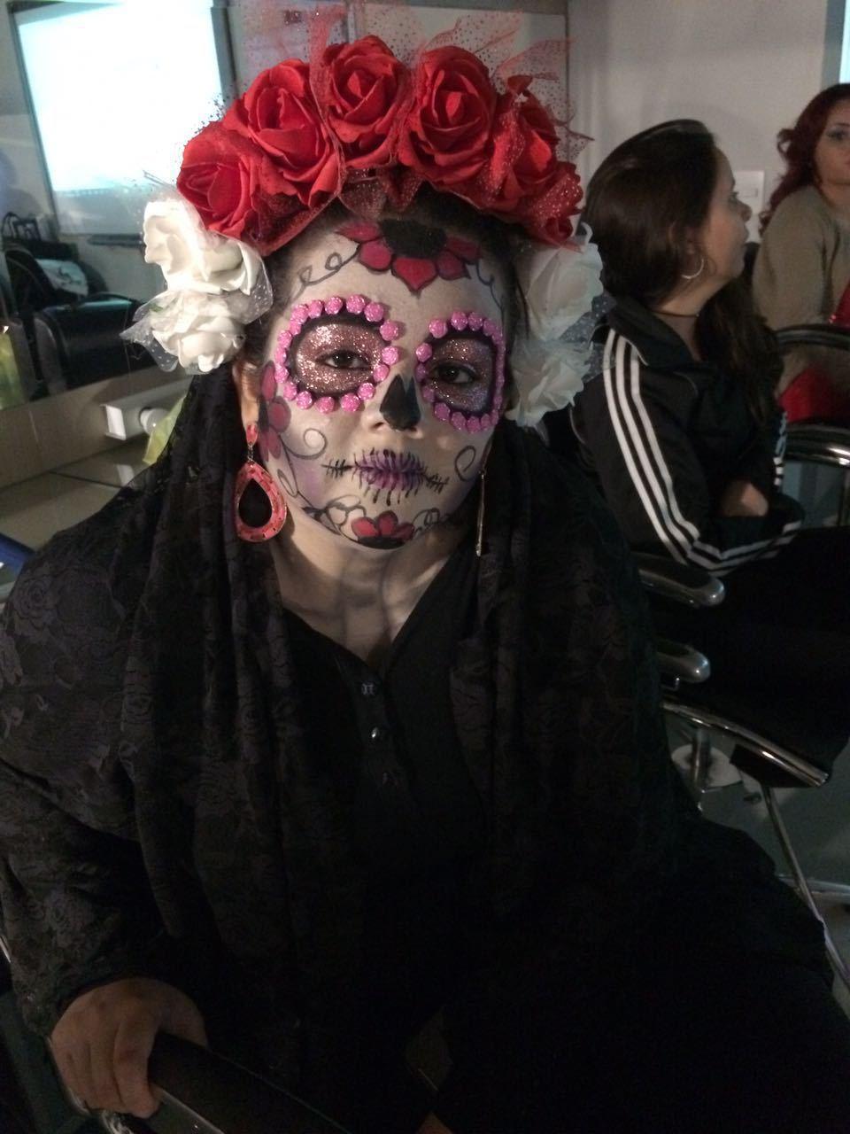 Maquiagem artística caveira mexicana maquiador(a) designer de sobrancelhas