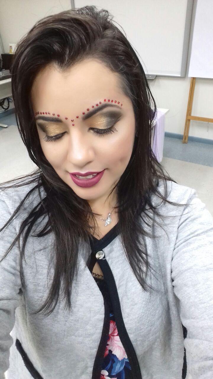 Maquiagem indiana maquiagem maquiador(a) designer de sobrancelhas