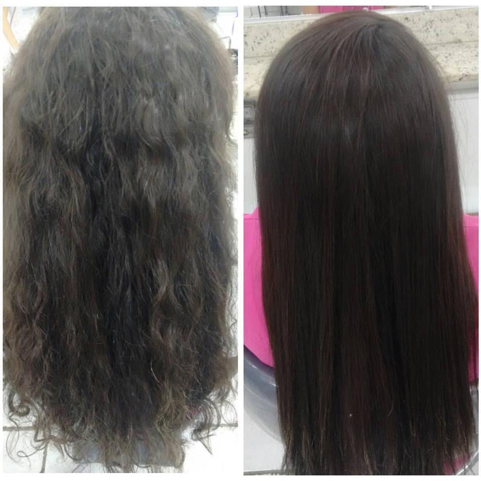 O desejo da cliente é de um cabelo liso permanente. Depois de ter estudado o perfil da cliente e dos testes de mechas. A proposta trazida foi o alisamento de Tioglicolato de amônia, sabendo que ela não queria um efeito gradativamente no seu cabelo(Progressiva sem formol). Obs: cabelo sem corte. Cliente amou o resultado do alisamento e eu também amei <3 cabelo cabeleireiro(a) auxiliar cabeleireiro(a)