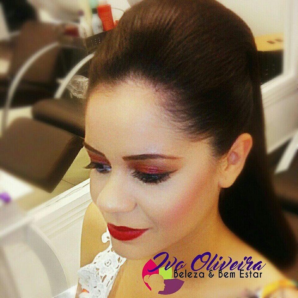 Penteado e Maquiagem maquiagem cabeleireiro(a) escovista dermopigmentador(a) designer de sobrancelhas maquiador(a) micropigmentador(a)