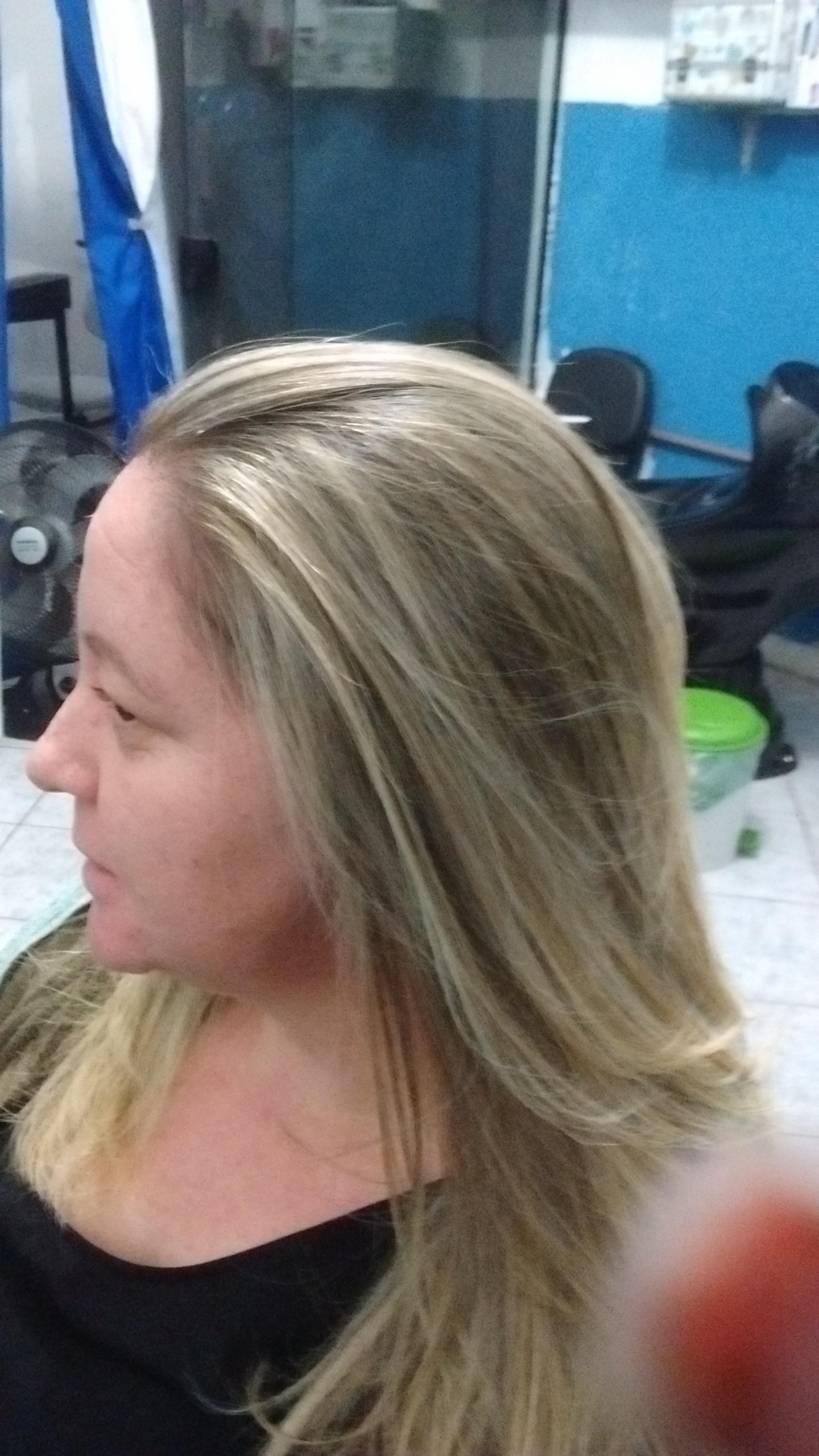 Retoque de mechas progressiva e corte cabelo cabeleireiro(a)