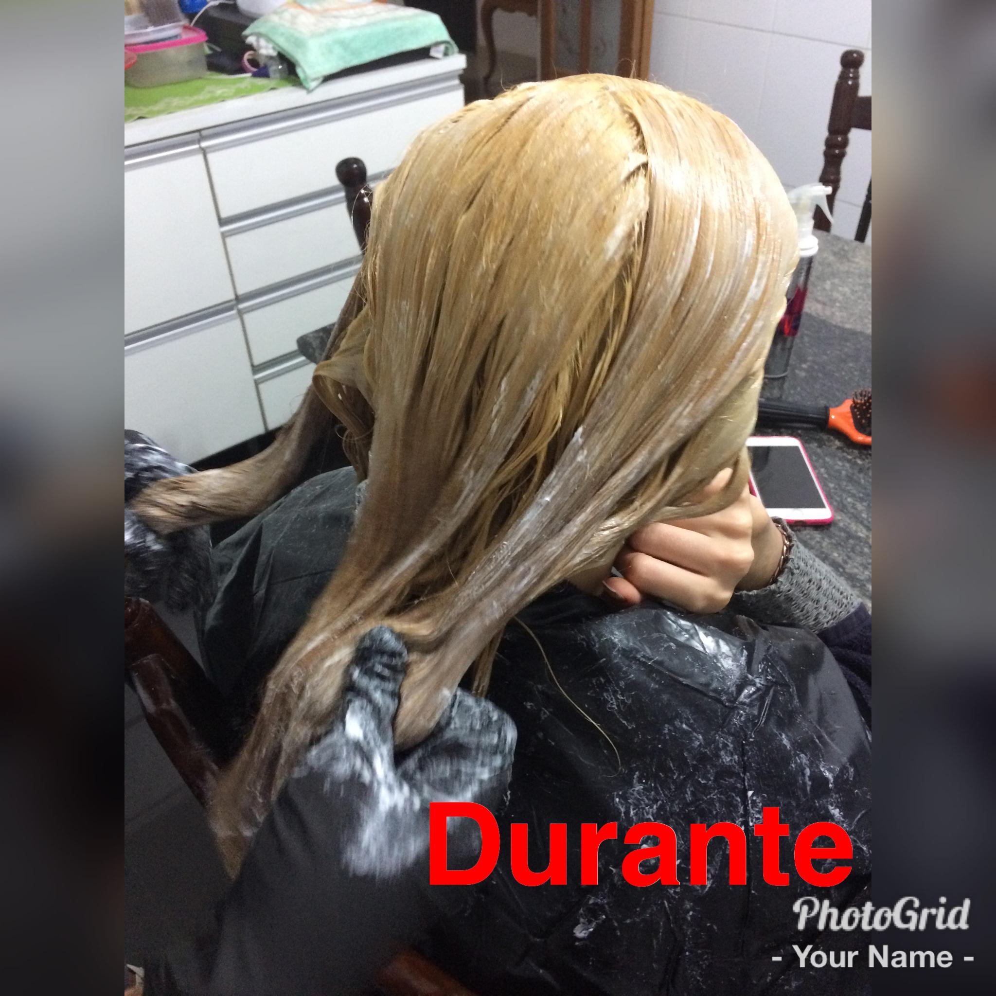 Durante o procedimento! #descoloração  cabelo auxiliar cabeleireiro(a)