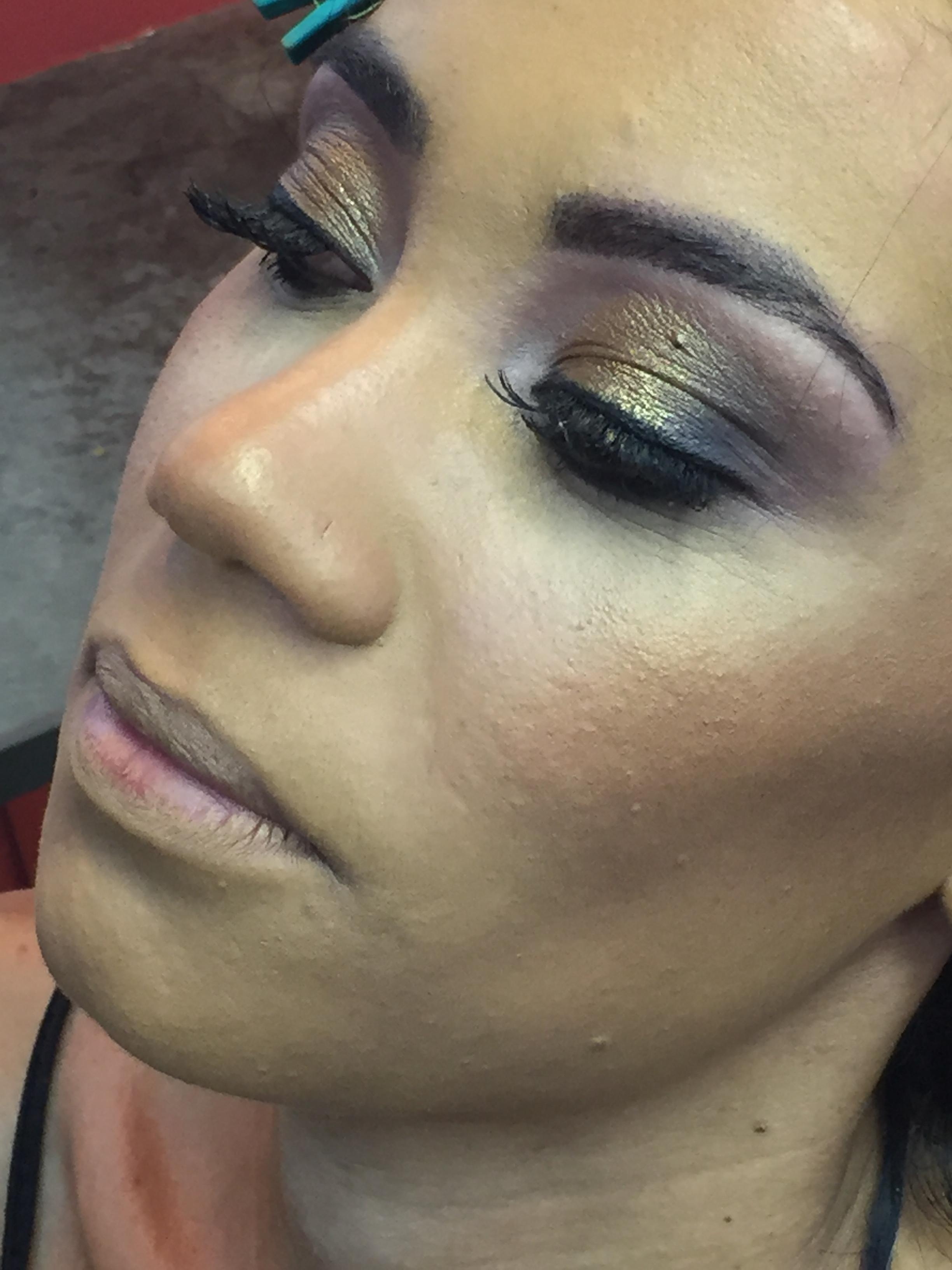 #make  maquiagem maquiador(a) assistente maquiador(a)