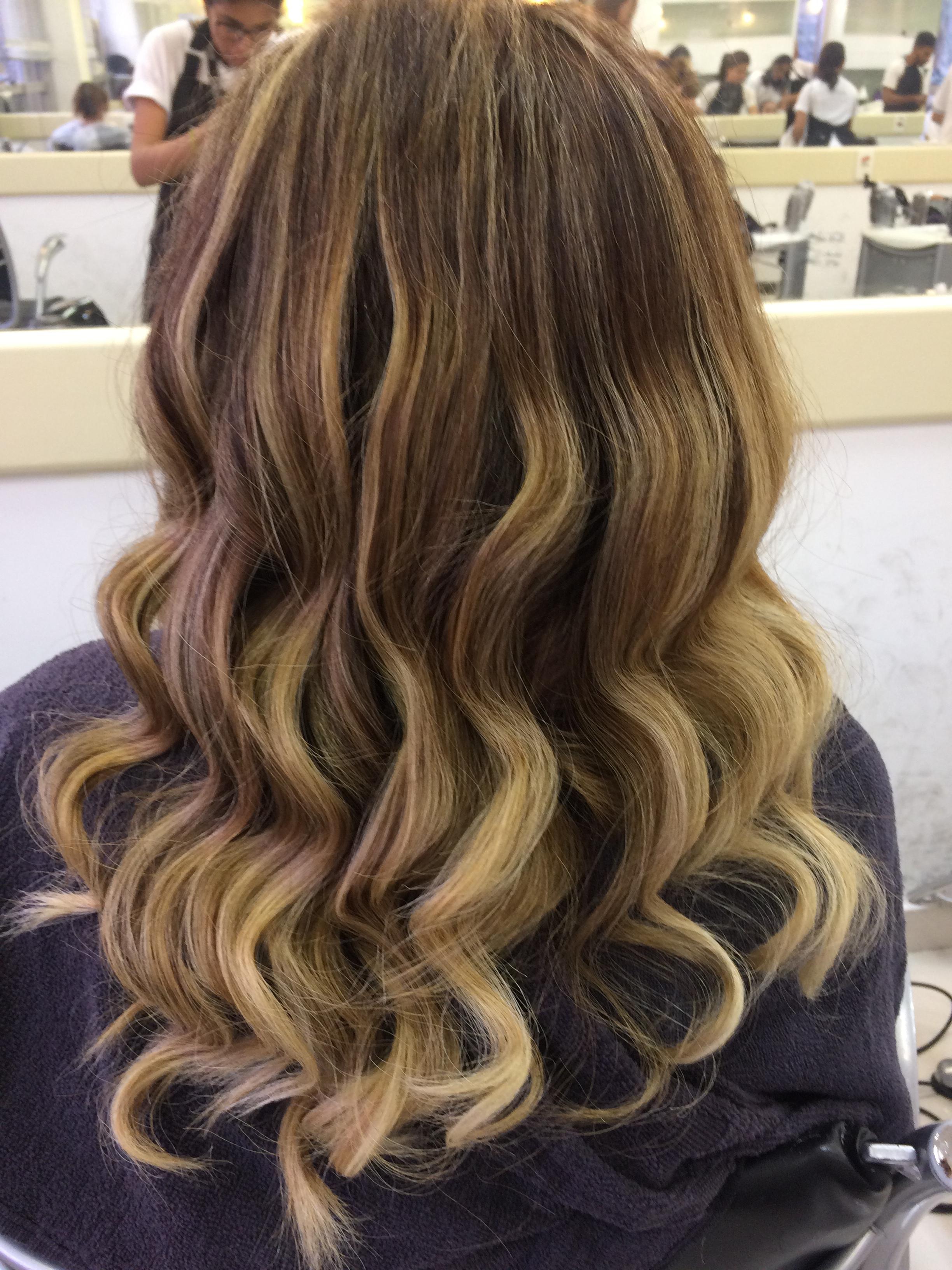 Trabalho de correção de cor + ombre hair  cabelo auxiliar cabeleireiro(a)