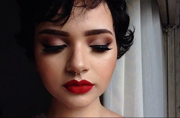 Ensaio pinup :) #make-up #pinup #batomvermelho #delineado maquiagem maquiador(a)