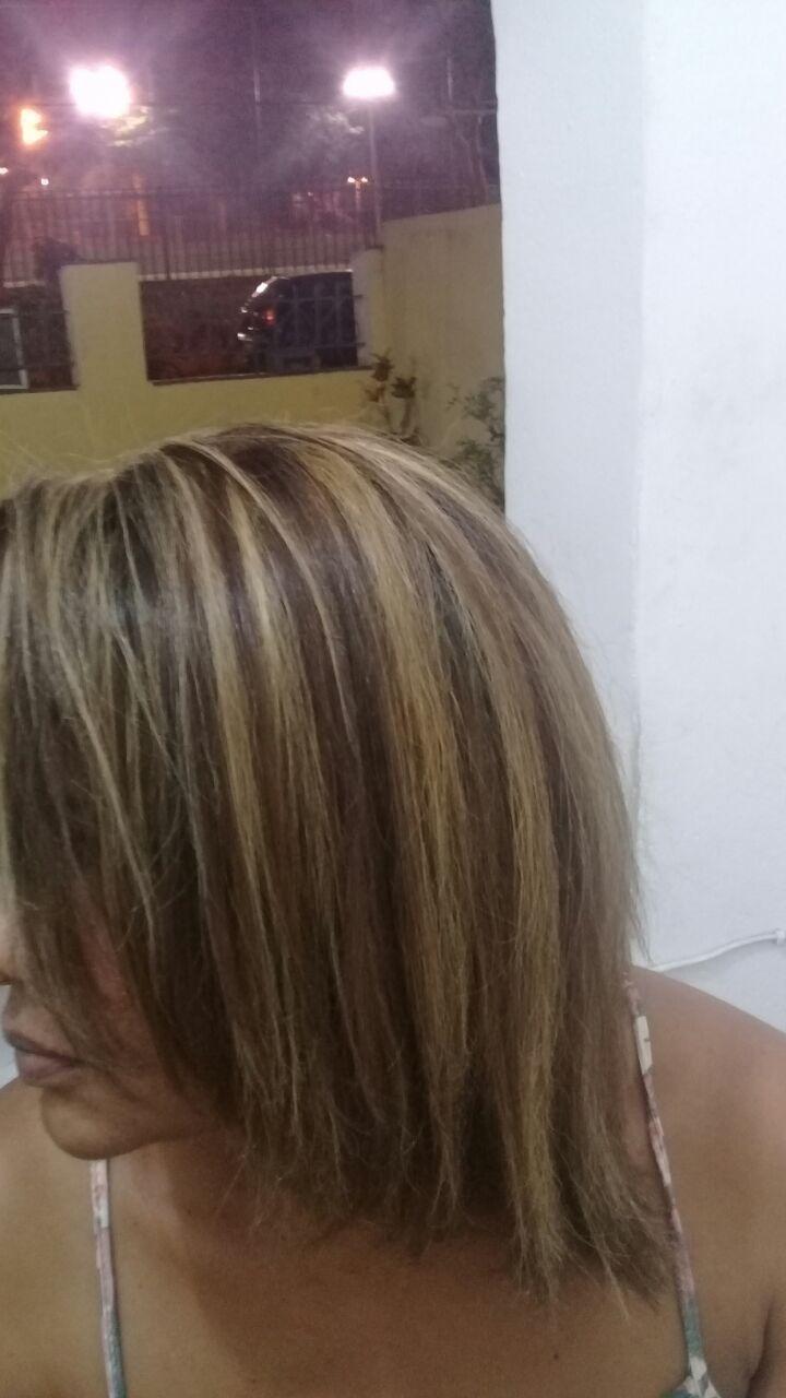 Mechas no papel cabelo auxiliar cabeleireiro(a)