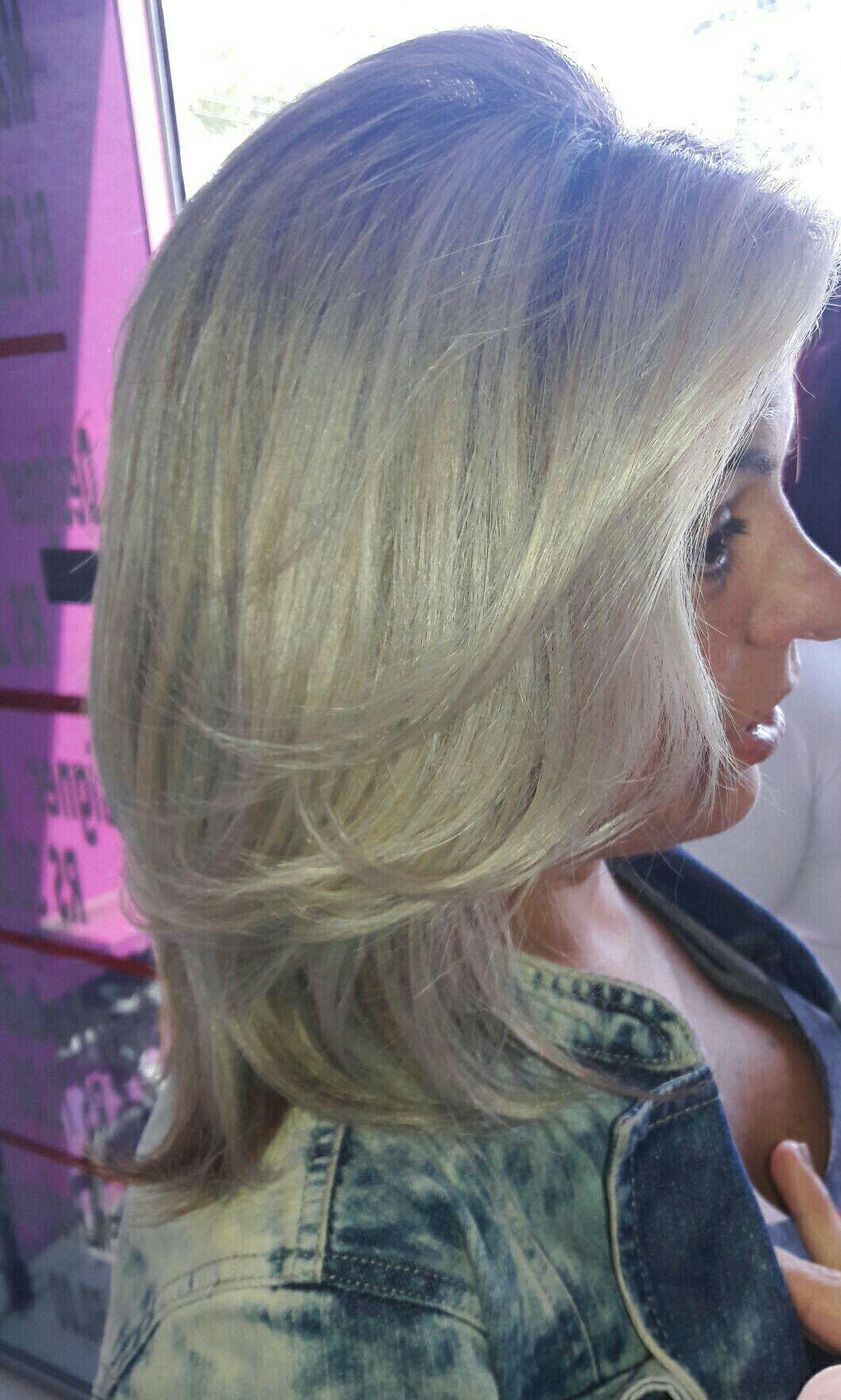 Ice Platinum cabeleireiro(a) maquiador(a)