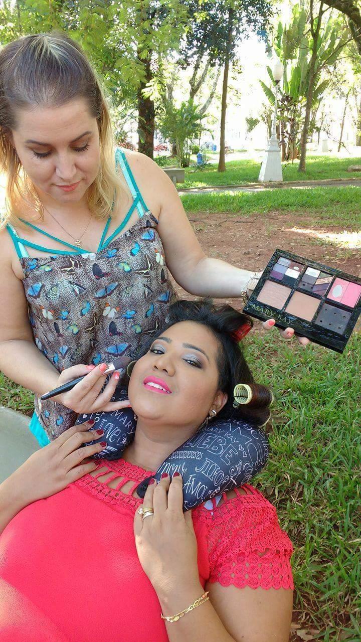 Sessão de fotos ao ar livre !! Ensaio dia das mães !! maquiagem maquiador(a)