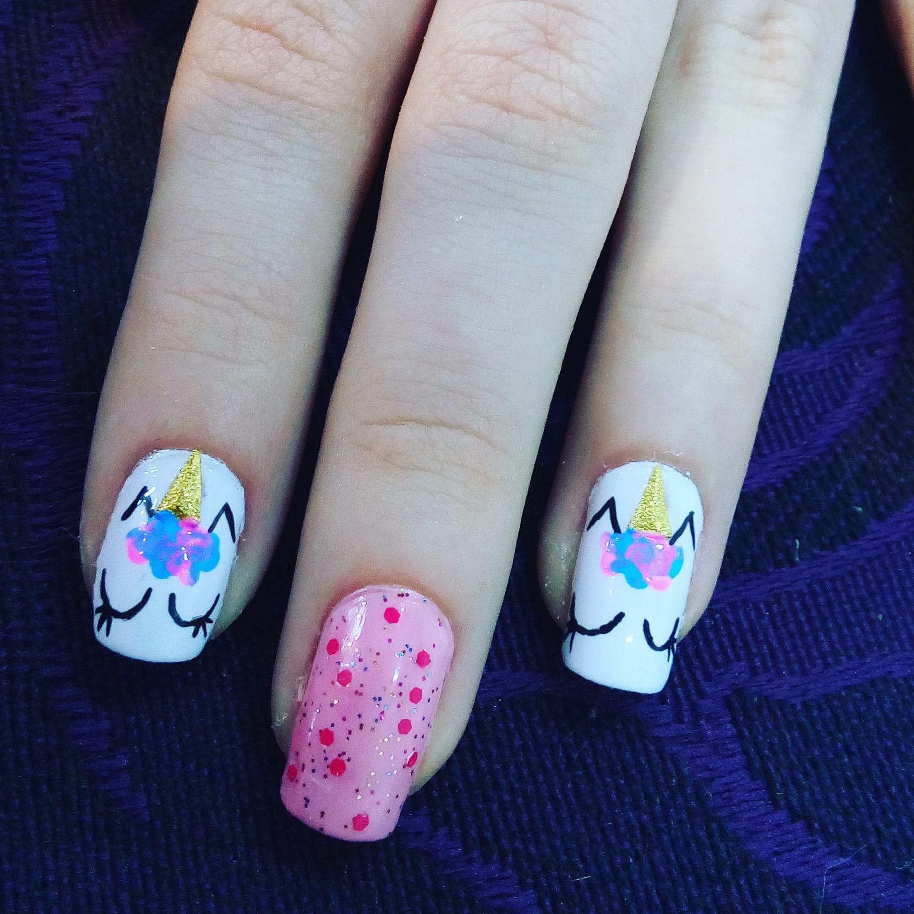 Unhas de Unicornio #unicornio #unhas #nails #nailarts #unhabonitatudodebom #lovenails #manicuretop #nailartist #naillove #esmalte #unhasdasemana #nails  #diva #myjob #unhas #universofeminino #beleza #brilho #nails #nailsart #unhasdecoradas #unhas #unhasdediva #myjob #manicure #naildesign #lovenails unha manicure e pedicure