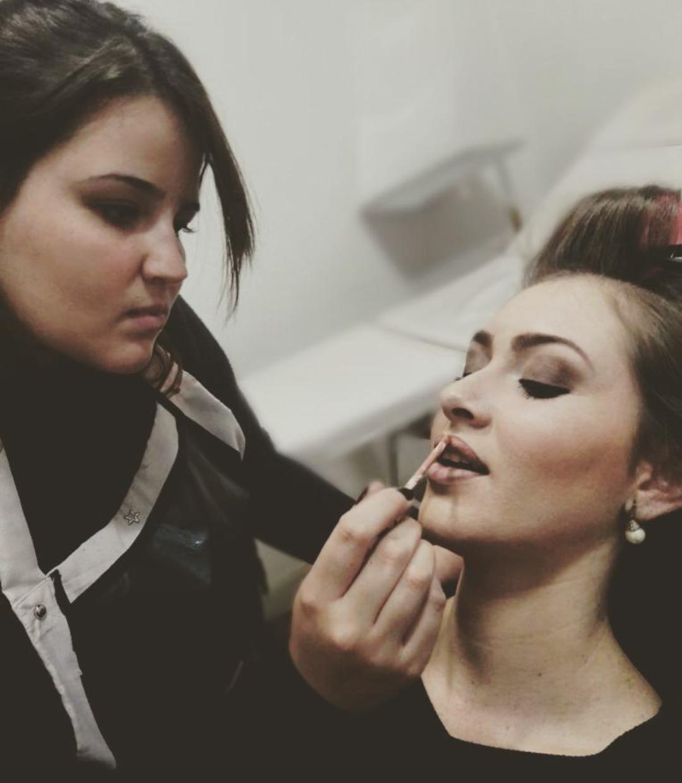 #makeup #mua #makeupforever #mac #marykay #lancome #maybelline #vult #maquiagem maquiagem cabeleireiro(a) stylist / visagista maquiador(a) designer de sobrancelhas