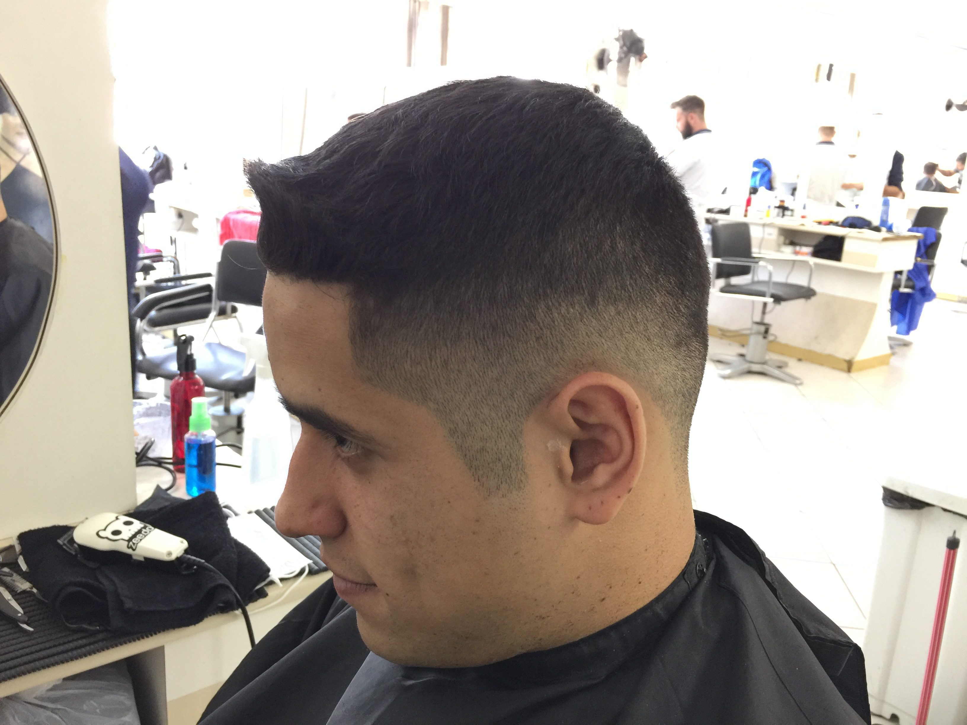 Degradê cabelo barbeiro(a)