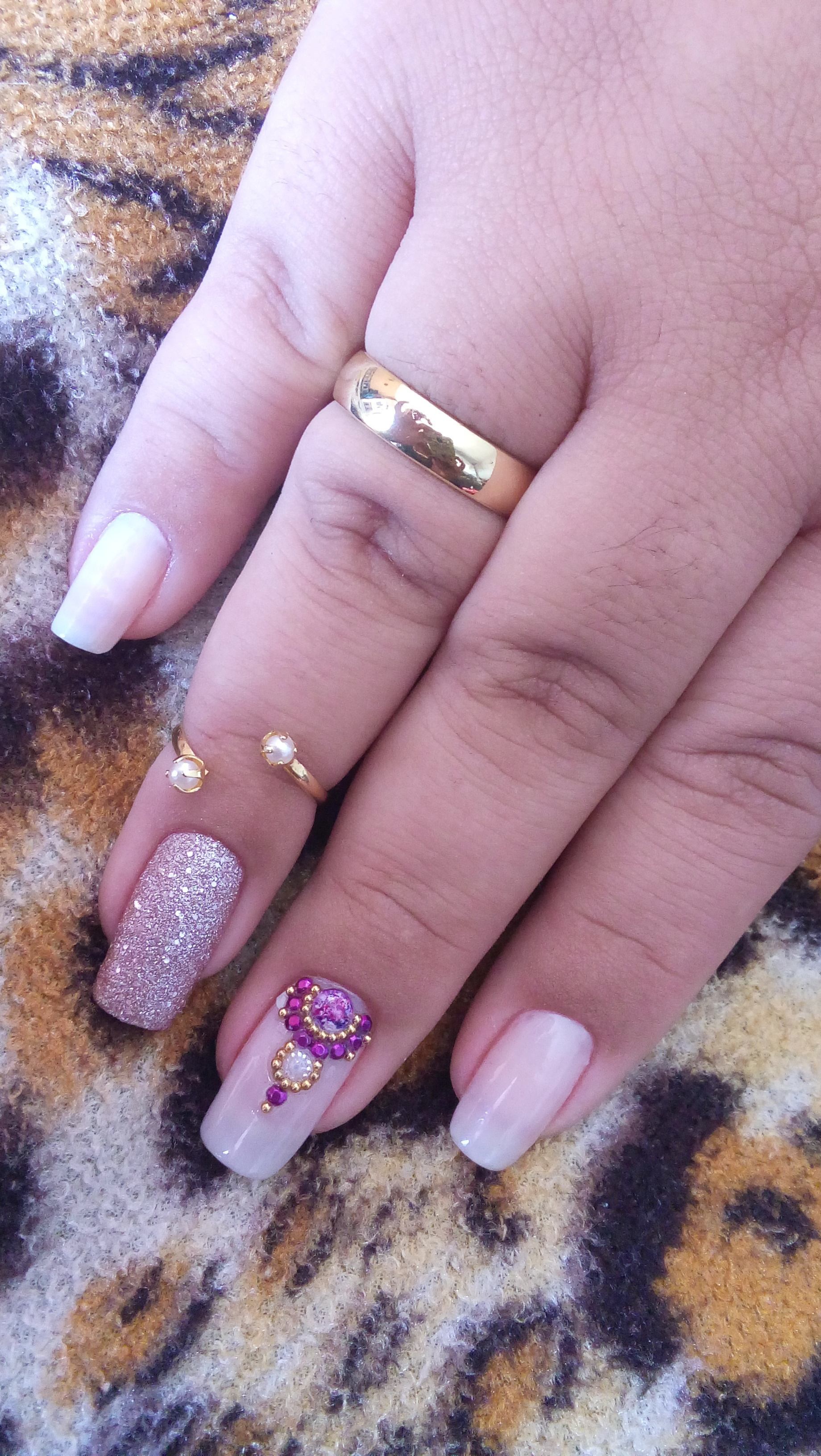 #nails #glitter  #diva #luxury #myjob #unhas #universofeminino #beleza #brilho #nails #nailsart #unhasdecoradas #unhas #unhasdediva #myjob #manicure #naildesign #lovenails unha manicure e pedicure