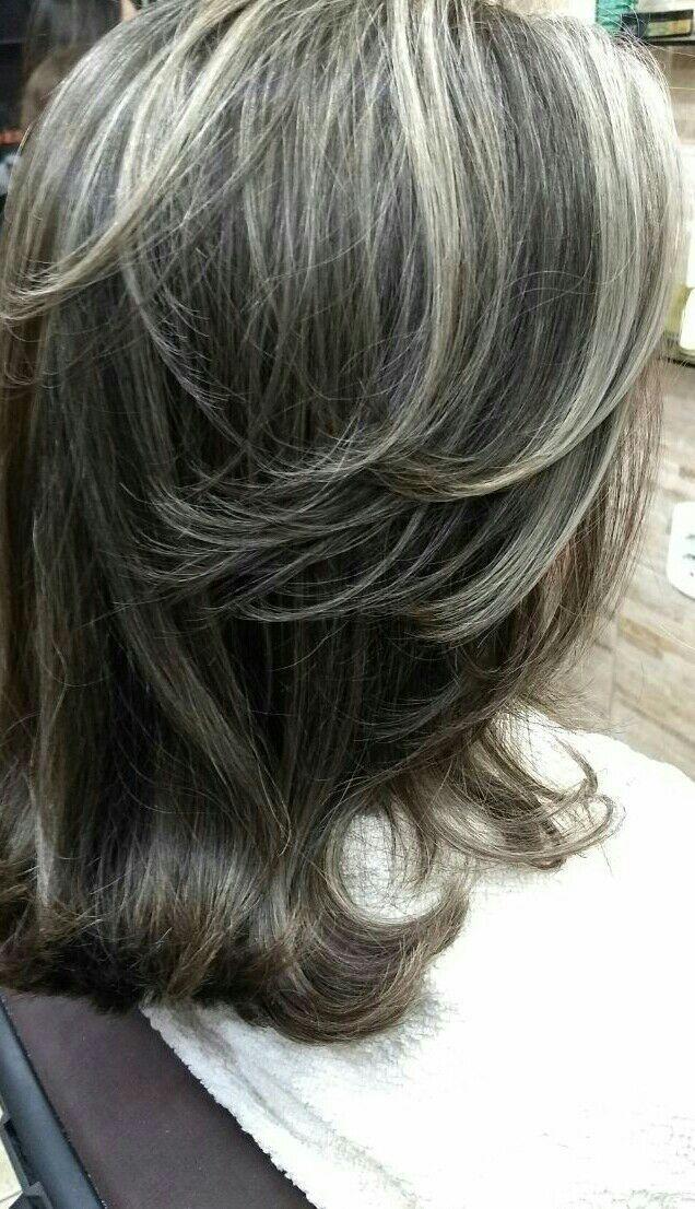 Depois cabeleireiro(a) cabeleireiro(a) assistente esteticista auxiliar de limpeza auxiliar cabeleireiro(a) barbeiro(a)