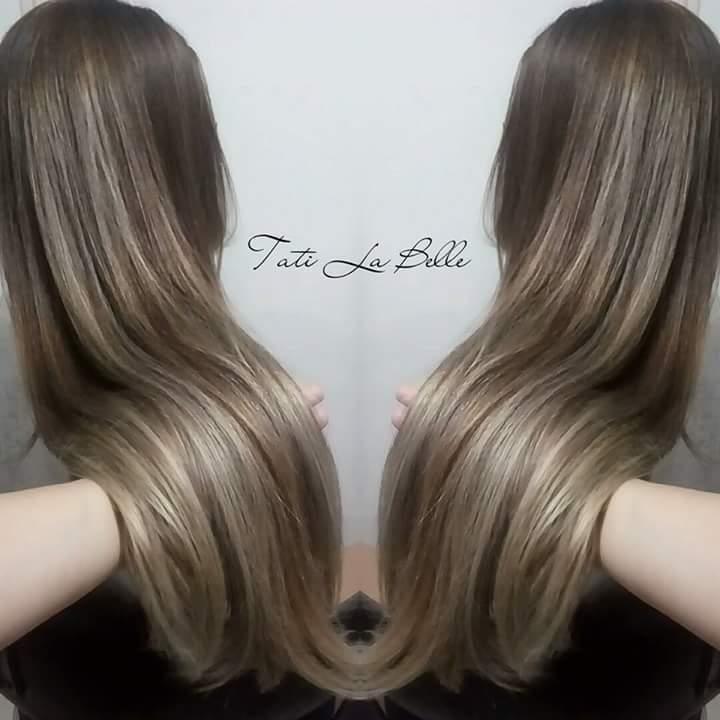 Trabalho realizado:  Luzes. Cliente: Larissa #tatilabelle #trabalhandocomamor #arteemcabelo  cabelo cabeleireiro(a) auxiliar cabeleireiro(a) estudante (cabeleireiro)