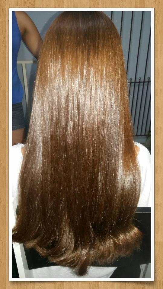 Escova em cabelo bem cacheado... cabelo auxiliar cabeleireiro(a)