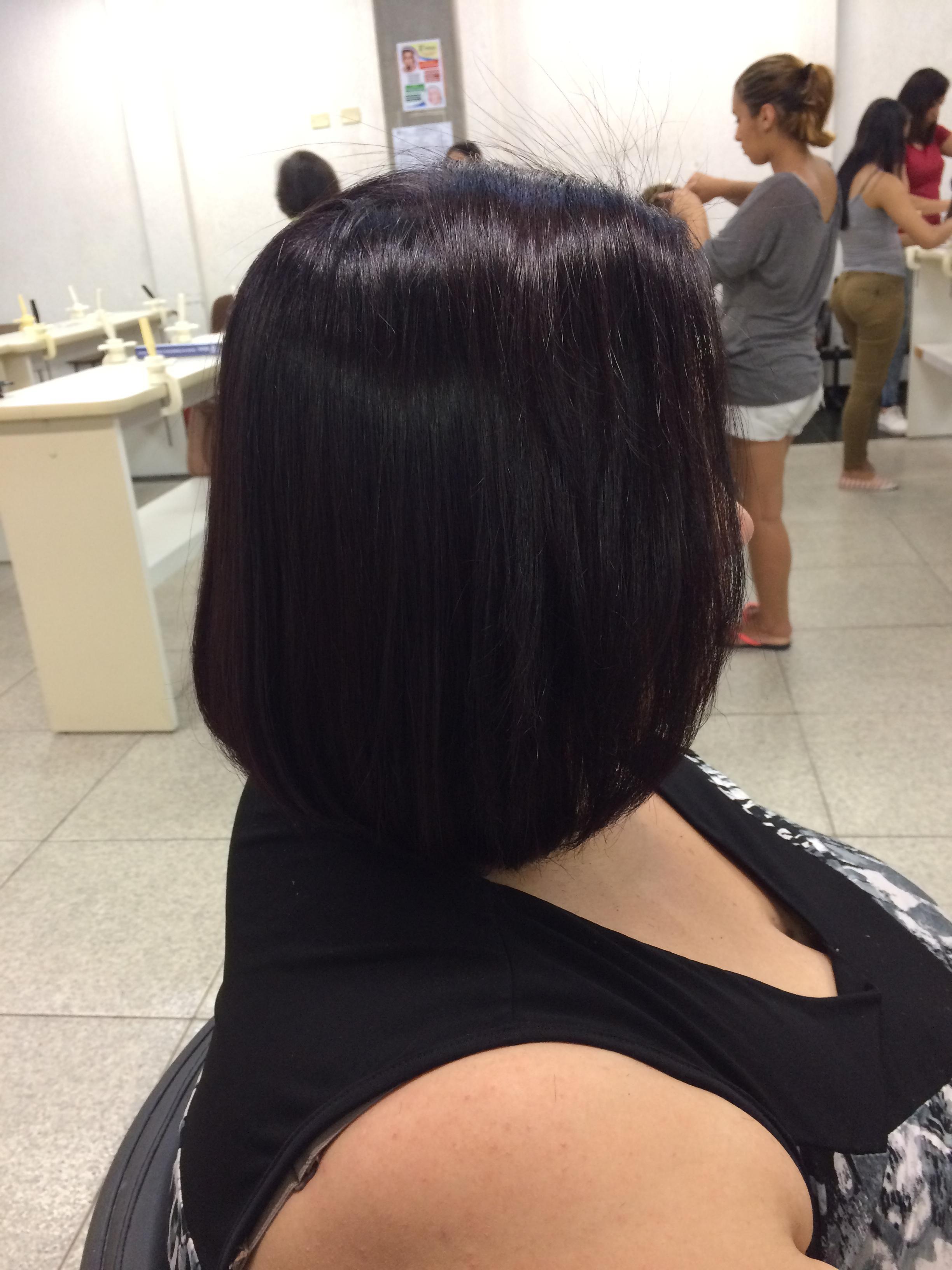 Corte e coloração!  auxiliar cabeleireiro(a) cabeleireiro(a)