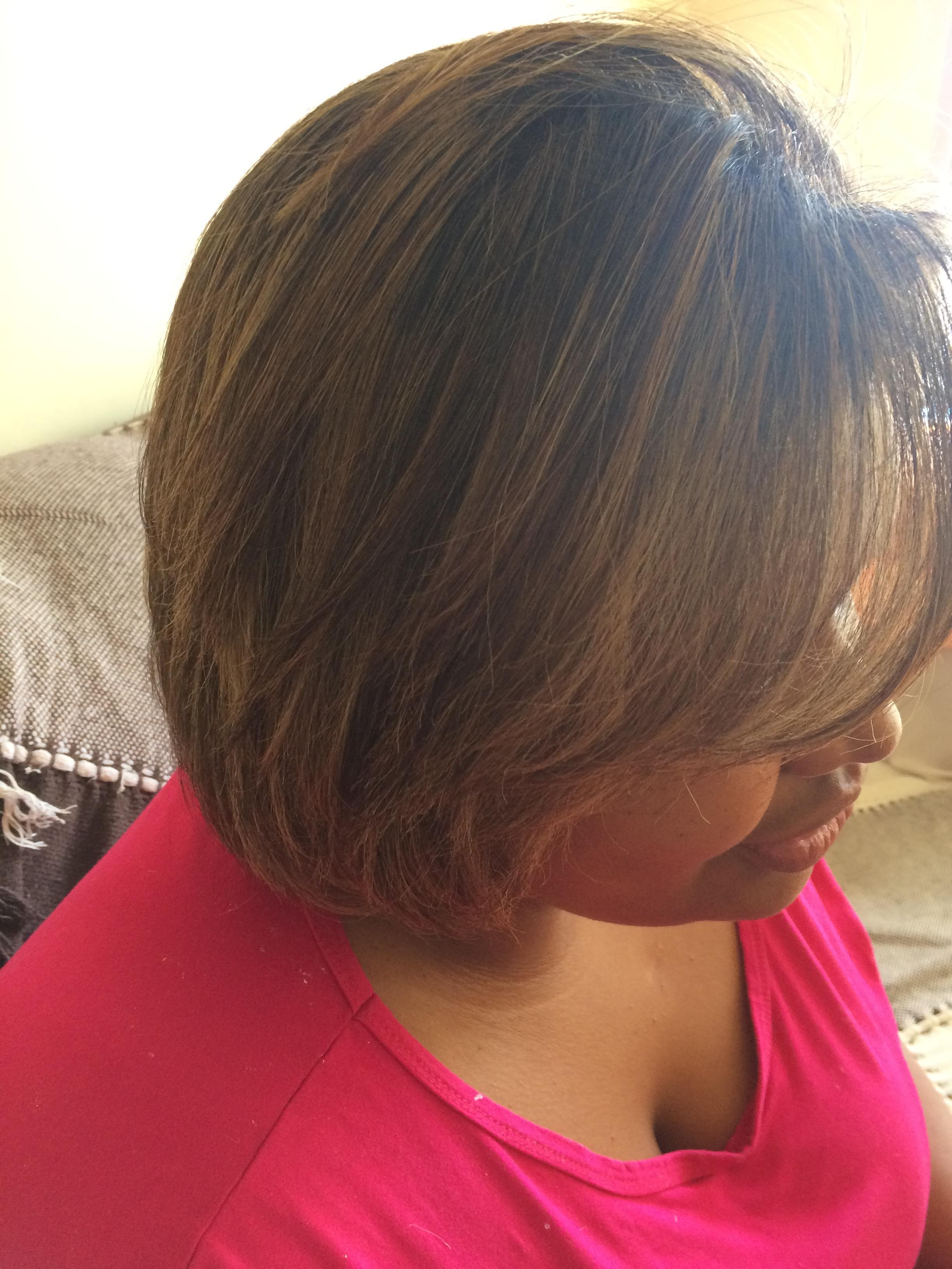 Correção de luzes, corte e progressiva  auxiliar cabeleireiro(a) cabeleireiro(a)