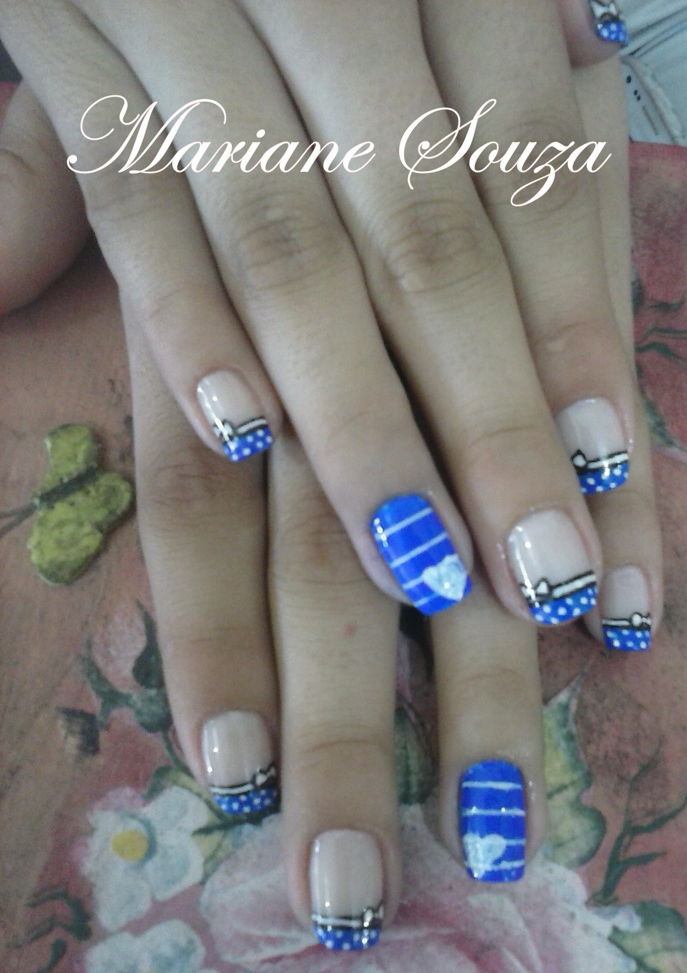 Decoração feito a mão :) unha manicure e pedicure maquiador(a) esteticista