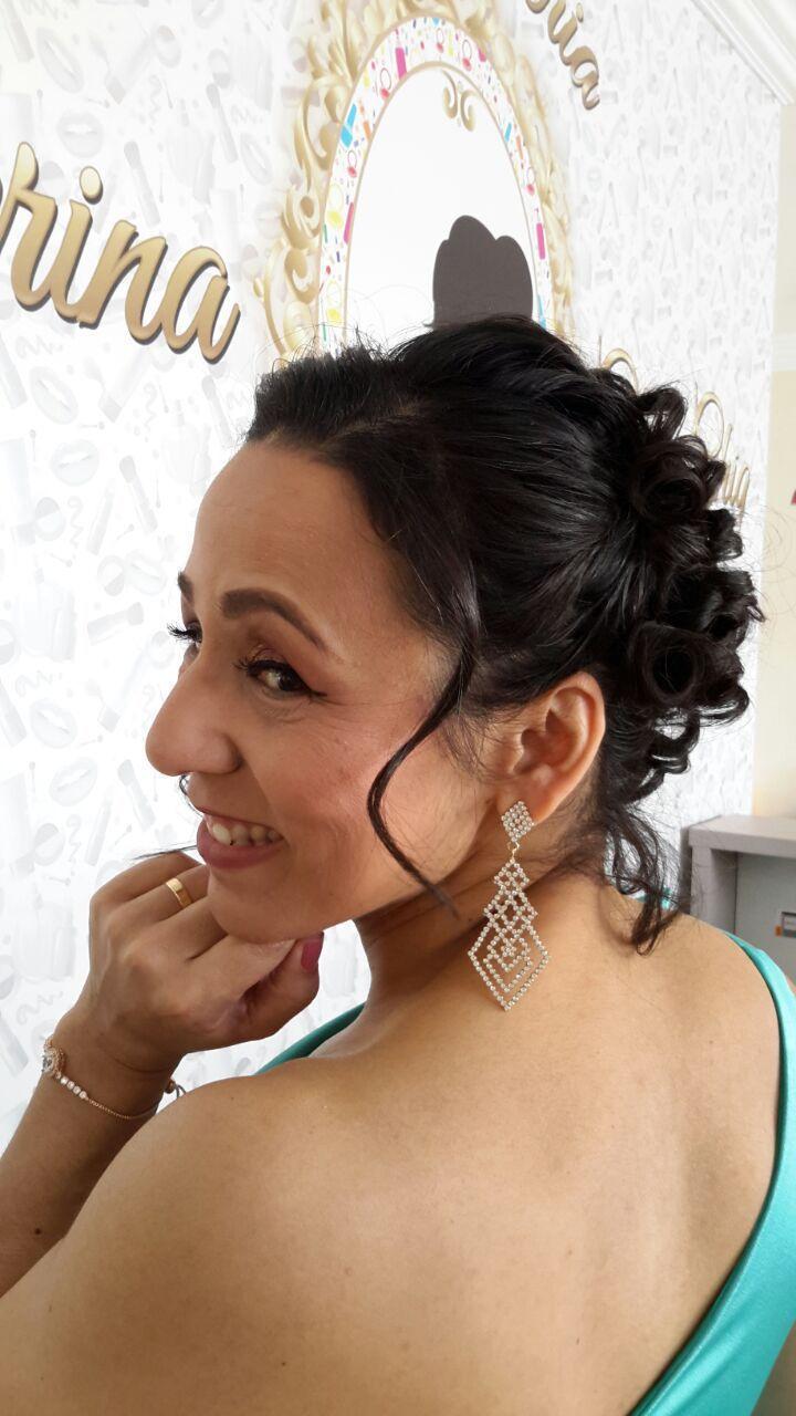 Maquiagem e Penteado maquiagem micropigmentador(a) cabeleireiro(a) depilador(a) designer de sobrancelhas