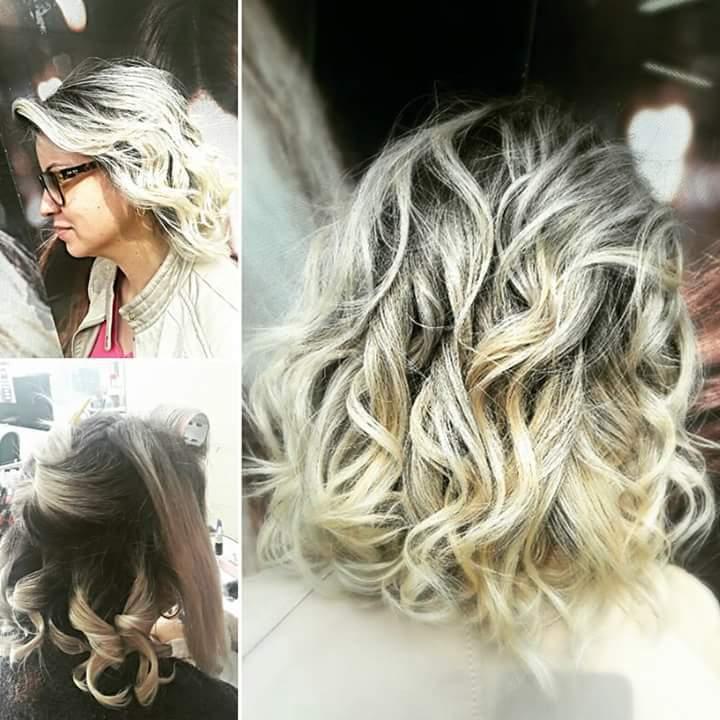Marmorização e escova. #hairstylist #hairdresser #haircut #hairdo #beauty #blond #loira #salaodebeleza @blessed.patty  cabelo cabeleireiro(a)