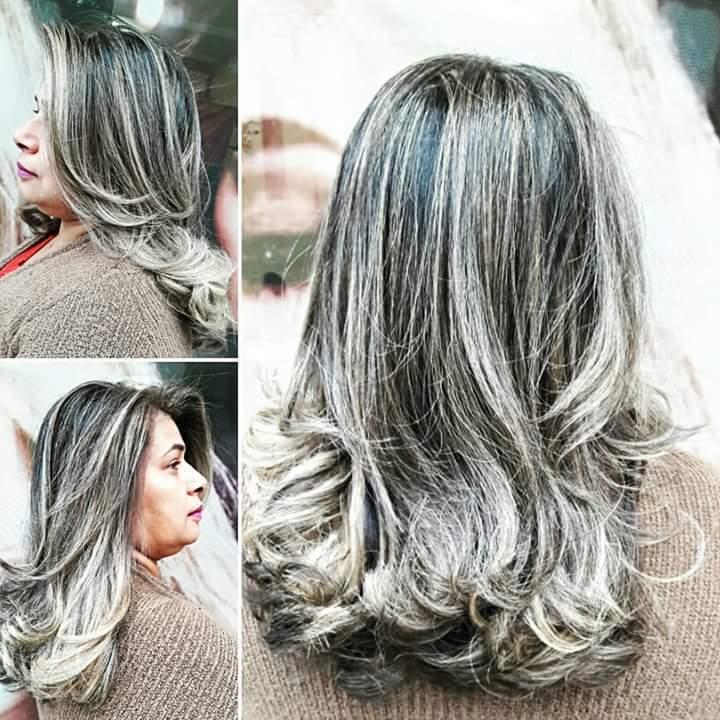 Luzes e escova. #hairstylist #haircut #hairdresser #haircut #hairdo #beauty #blond #loira #salaodebeleza #beleza #penteado @blessed.patty  cabelo cabeleireiro(a)