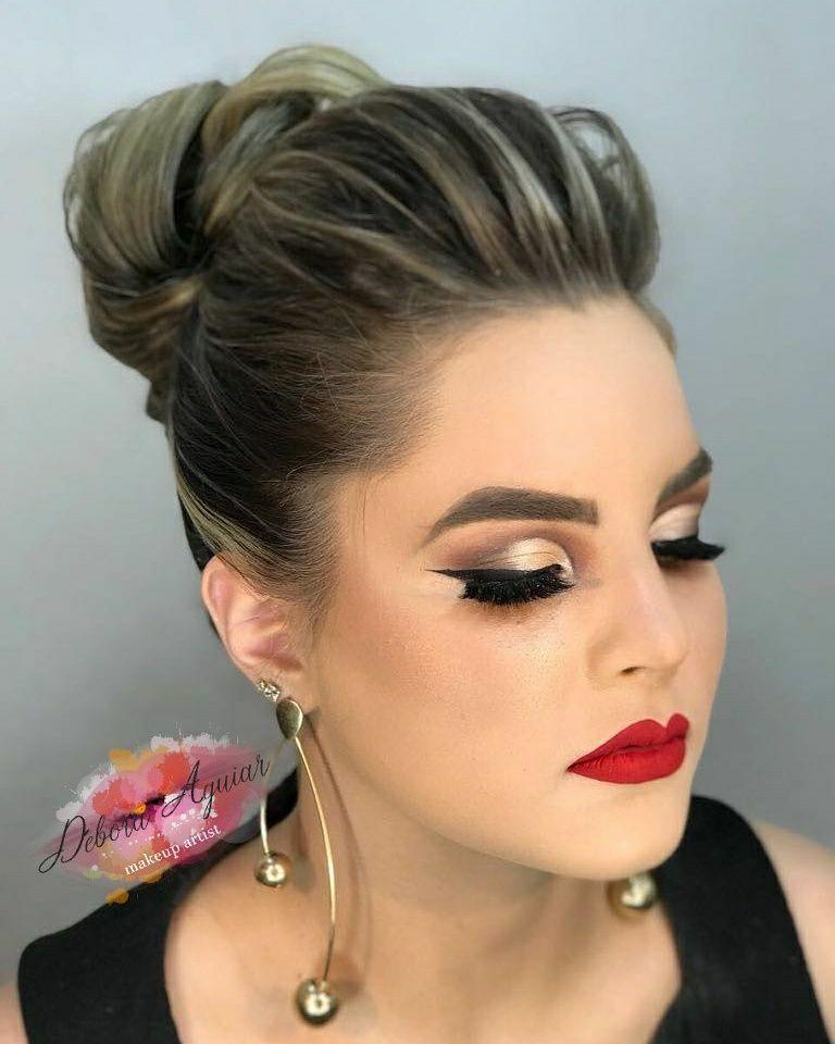 Para agendamento chamar no whatsapp : (62)985246075 maquiagem maquiador(a)