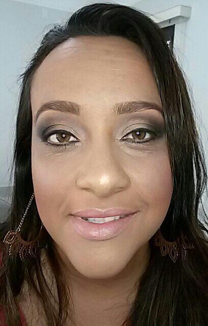 Maquiagem para ensaio fotográfico durante o dia maquiagem maquiador(a)