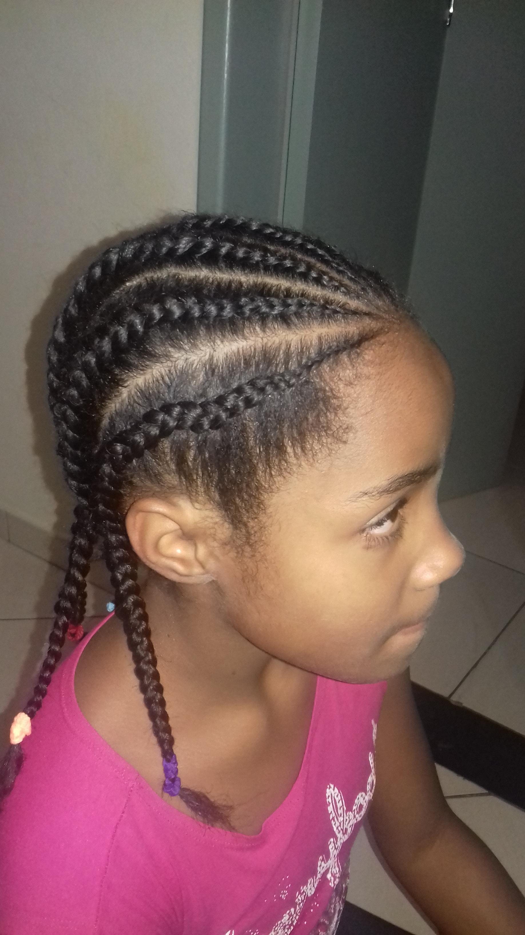 #atitude  #fofura  #bom gosto  cabelo manicure e pedicure maquiador(a) auxiliar cabeleireiro(a)