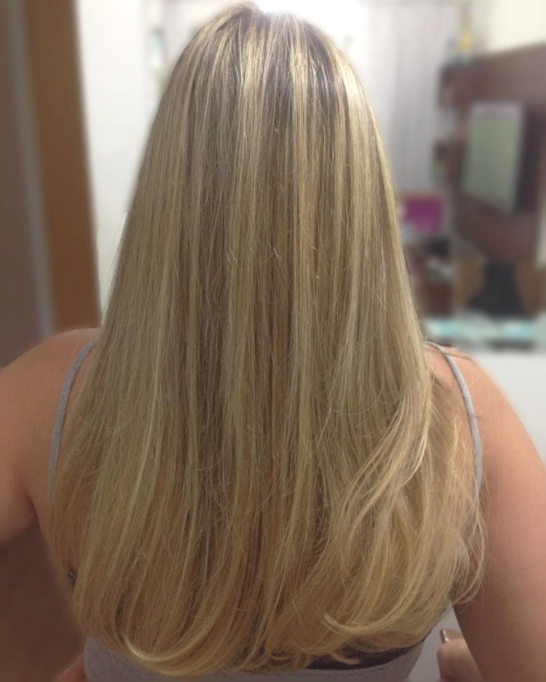 Luzes  cabelo cabeleireiro(a) auxiliar cabeleireiro(a)