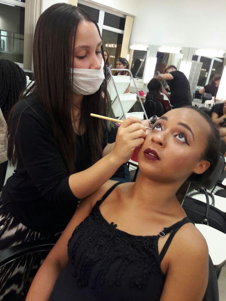 Maquiando ❤ maquiagem maquiador(a)