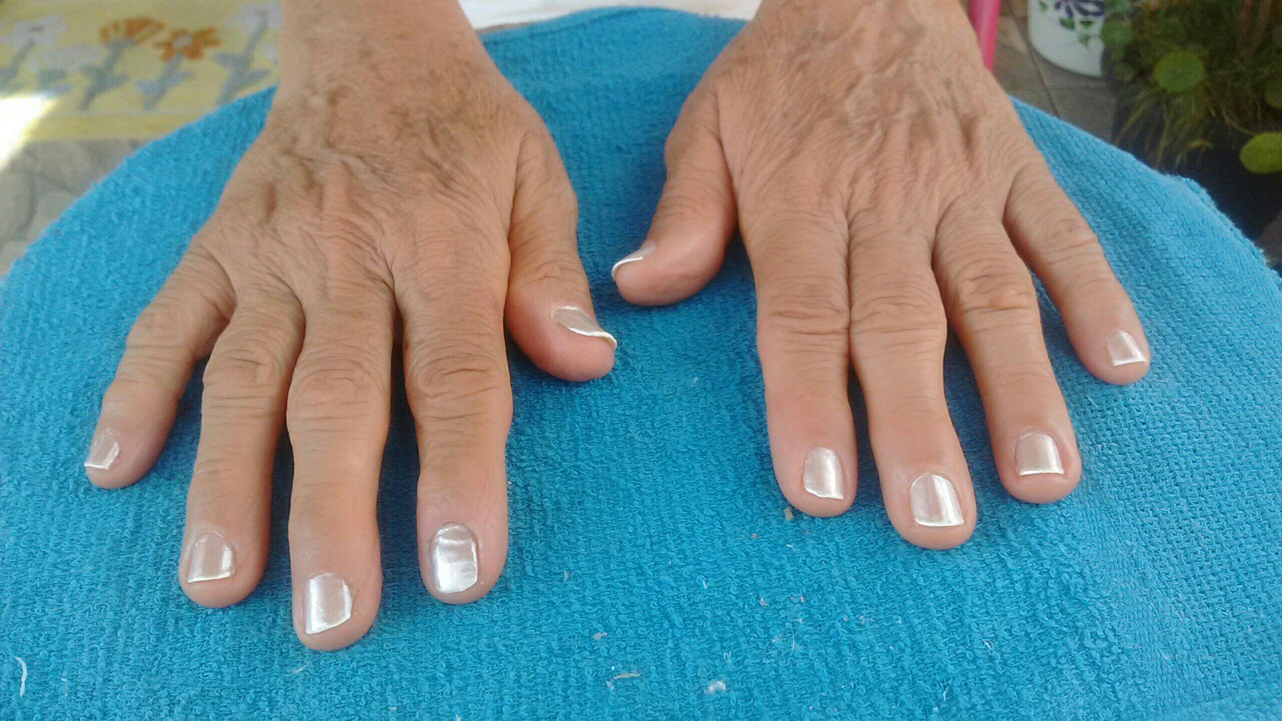 Cuidando das unhas da sogra outros outros depilador(a)