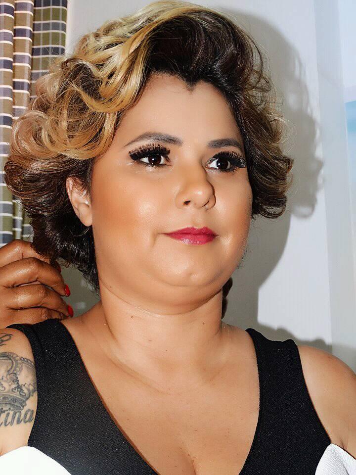 Sumara Leite  Makeup: Mônica Silva  Hair: Lucilene Farias Ensaio Fotográfico para Fitting for Curves maquiagem maquiador(a) consultor(a)