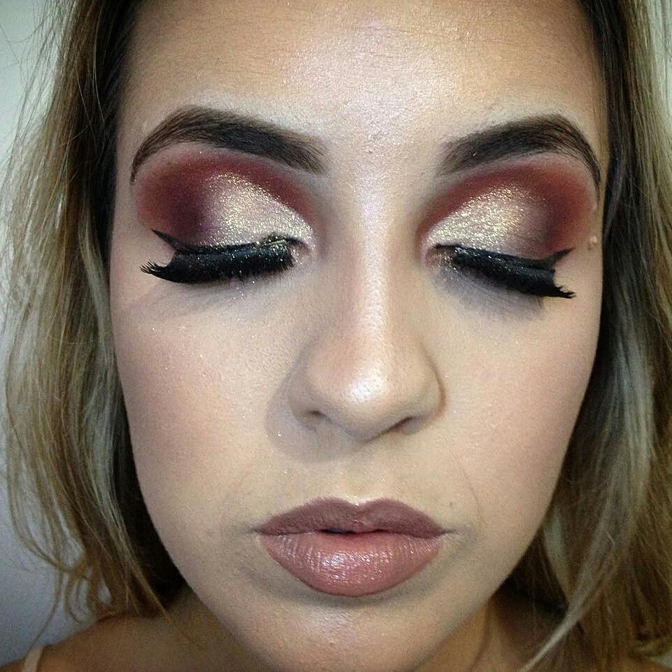 Detalhes .. maquiagem maquiador(a) designer de sobrancelhas recepcionista estudante (esteticista) manicure e pedicure micropigmentador(a)