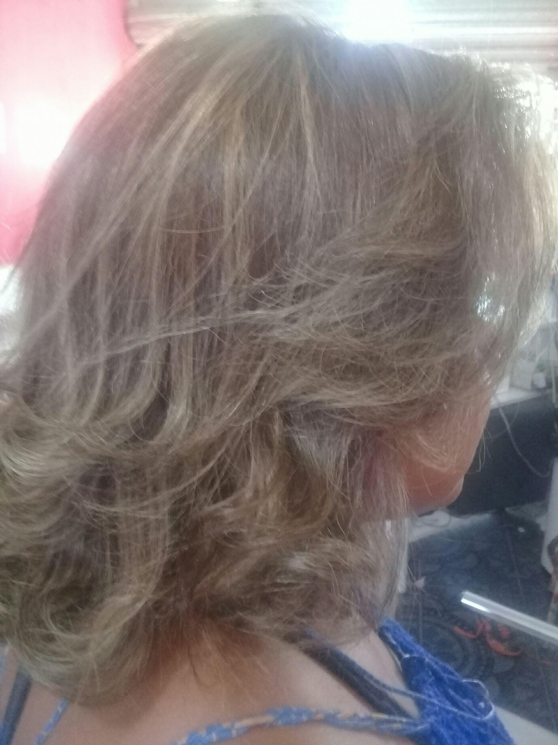 cabelo auxiliar cabeleireiro(a) outros