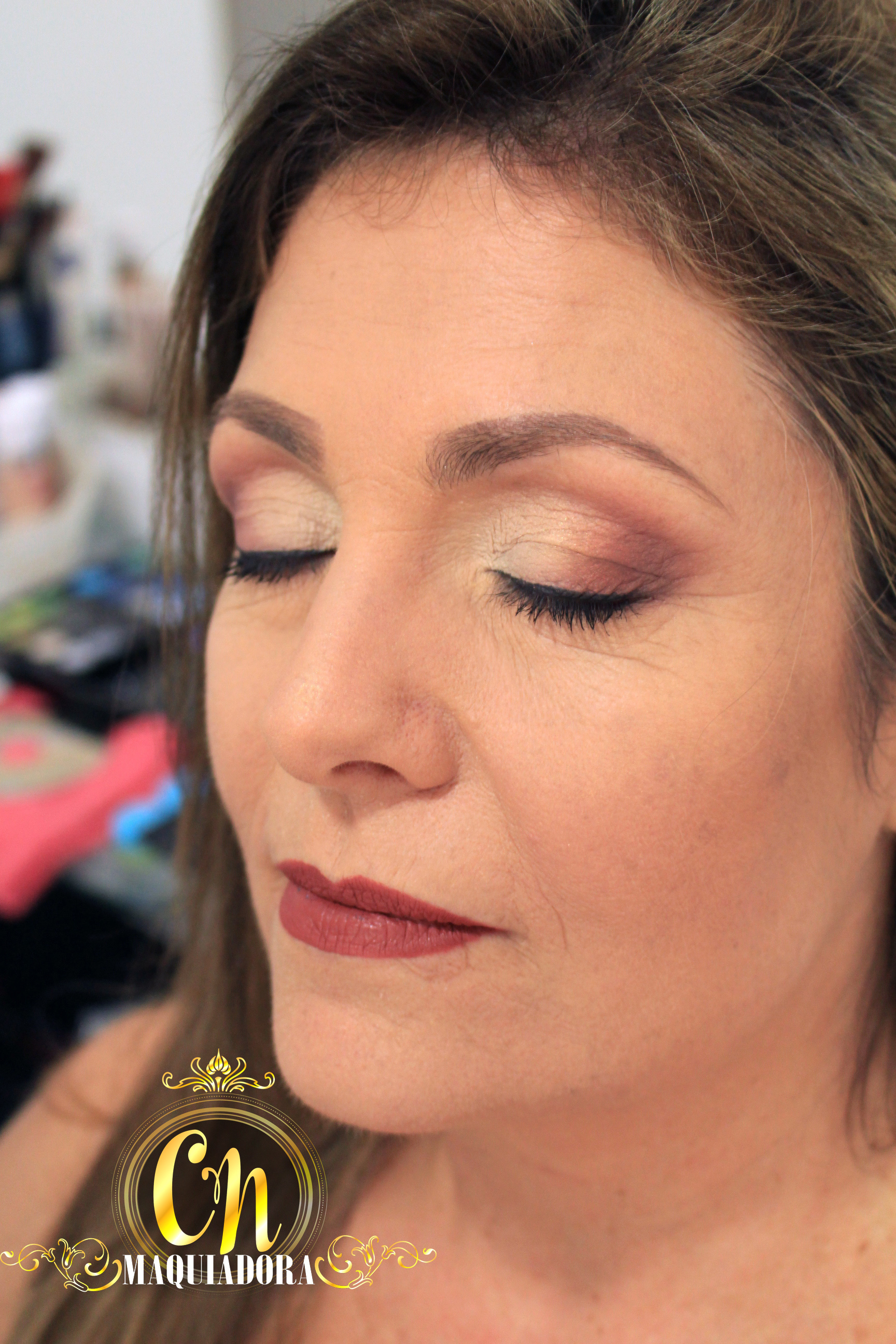 Maquiagem suave para madrinha de pele madura ♥  #maquiagemmadrinha #madrinha #maquiagem #maquiadoraubatuba #maquiagemubatuba #maquiadoracaraguatatuba #makeup #mua #ubatuba #caraguatatuba #belezaubatuba #casamento #casamentoubatuba maquiagem maquiador(a)