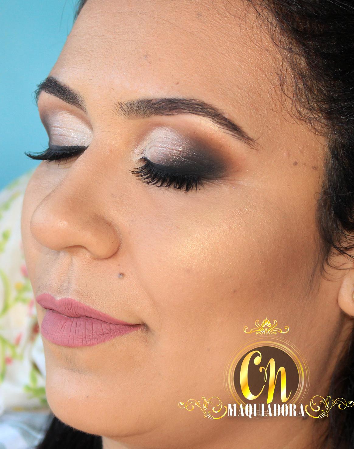 Maquiagem bafônica pra madrinha!  #maquiagemmadrinha #madrinha #maquiagem #maquiadoraubatuba #maquiagemubatuba #maquiadoracaraguatatuba #makeup #mua #ubatuba #caraguatatuba #belezaubatuba #casamento #casamentoubatuba maquiagem maquiador(a)