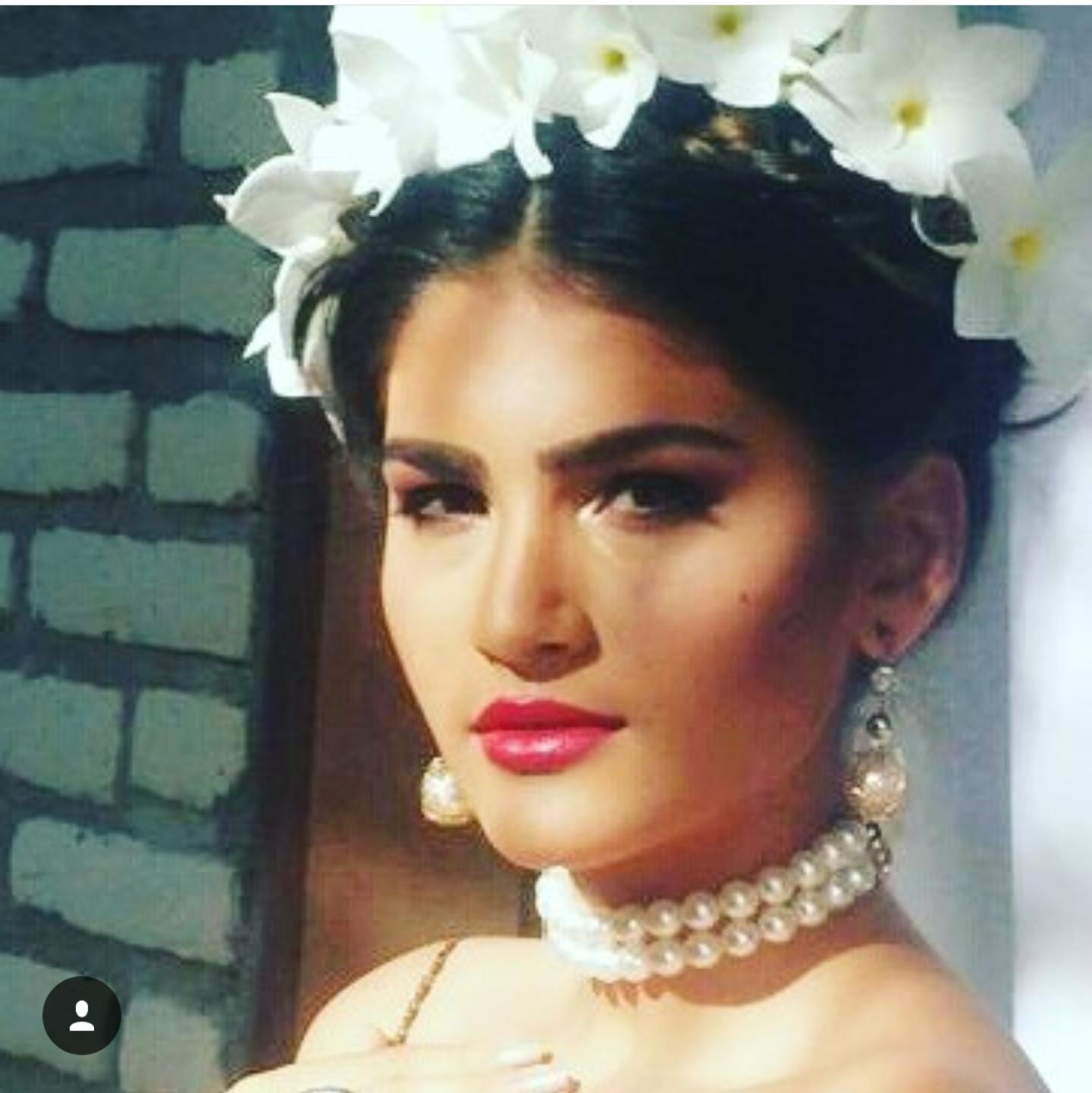 Makeup feita para noiva, referência Frida Kallo maquiagem maquiador(a)