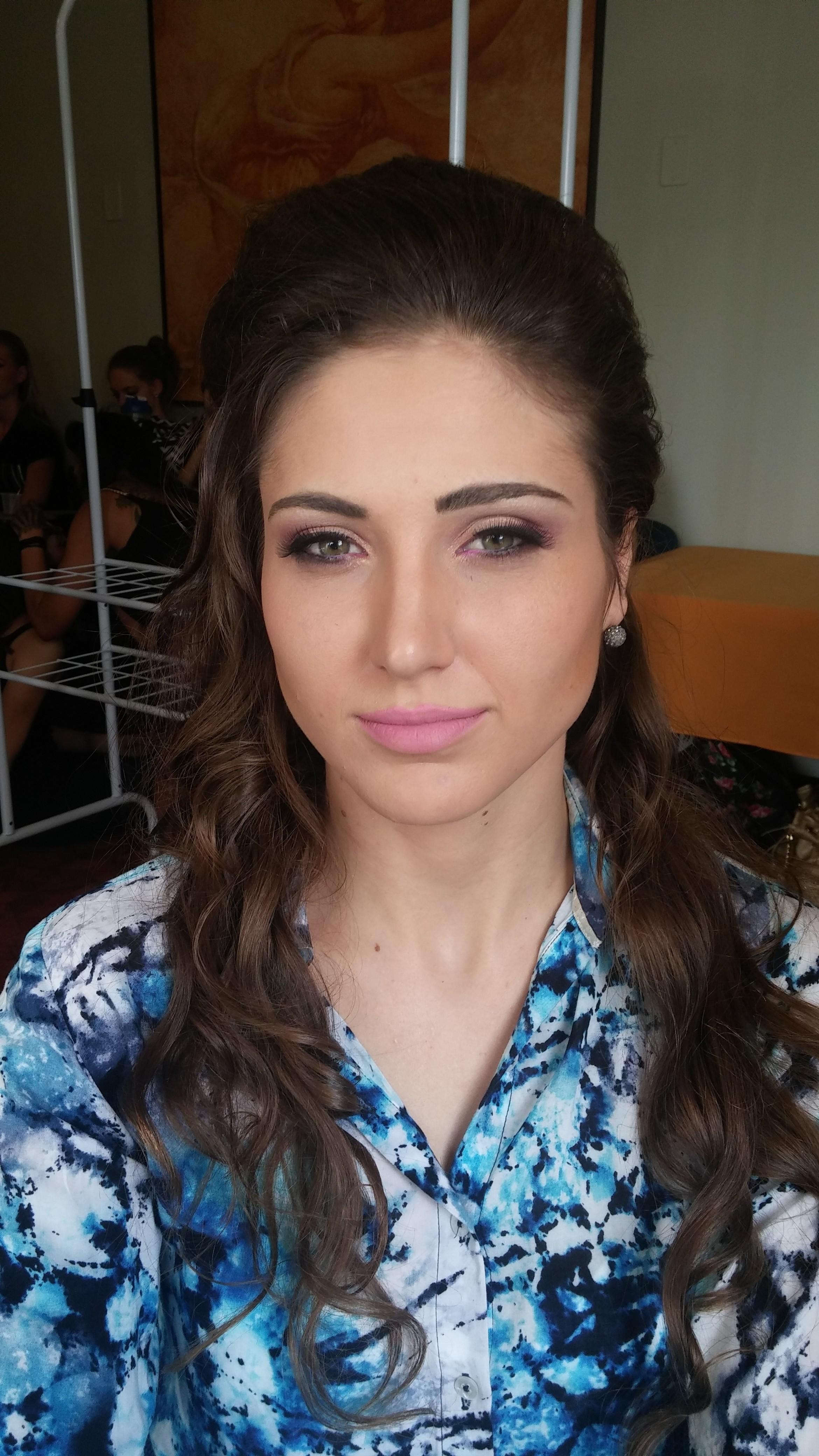 Makeup beauty comercial maquiagem maquiador(a)