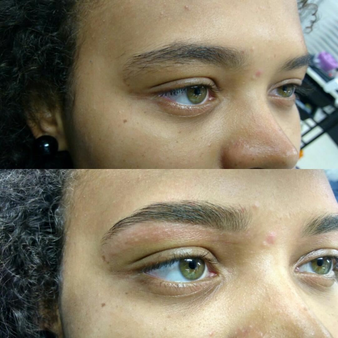 Sobrancelhas feitas realçam o olhar. :D  #desingdesobrancelhas estética auxiliar cabeleireiro(a) designer de sobrancelhas maquiador(a)