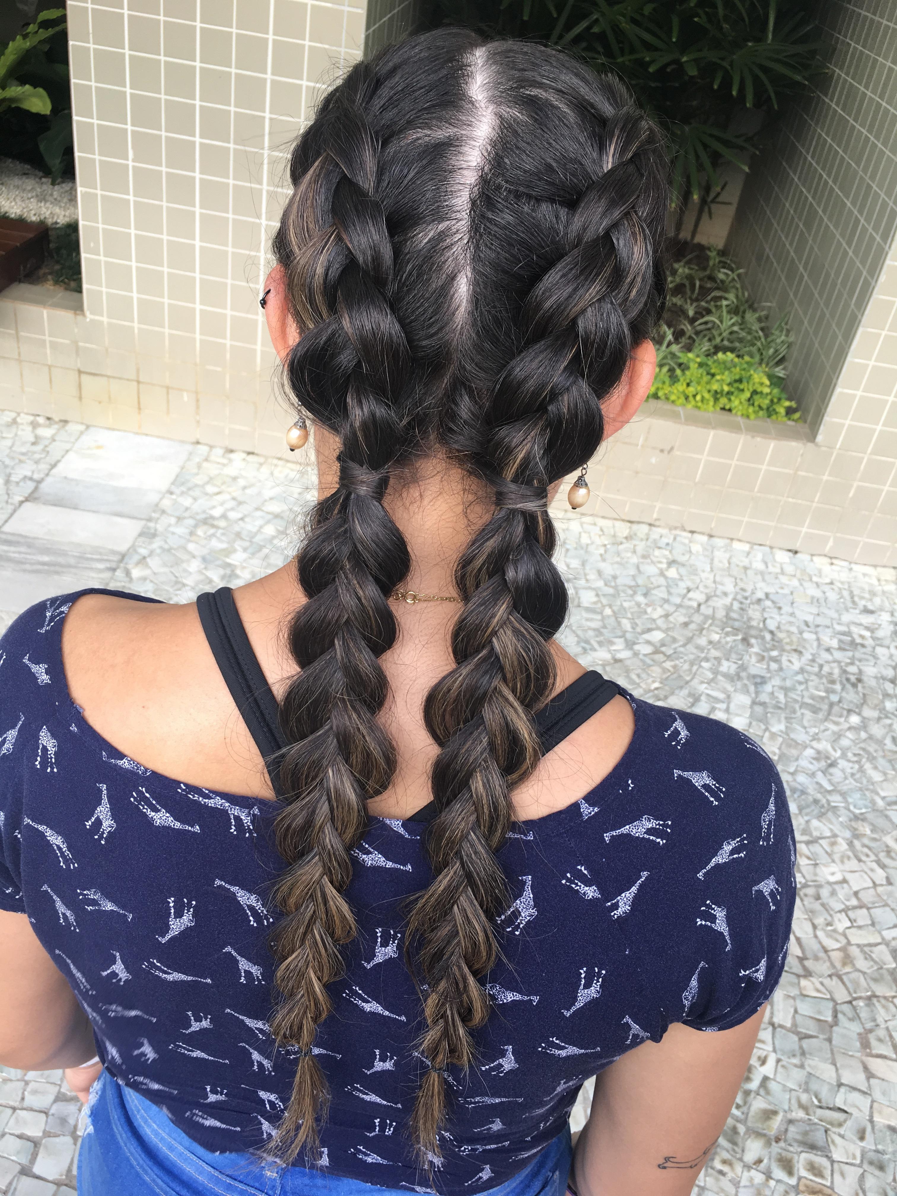tranças  cabelo maquiador(a)