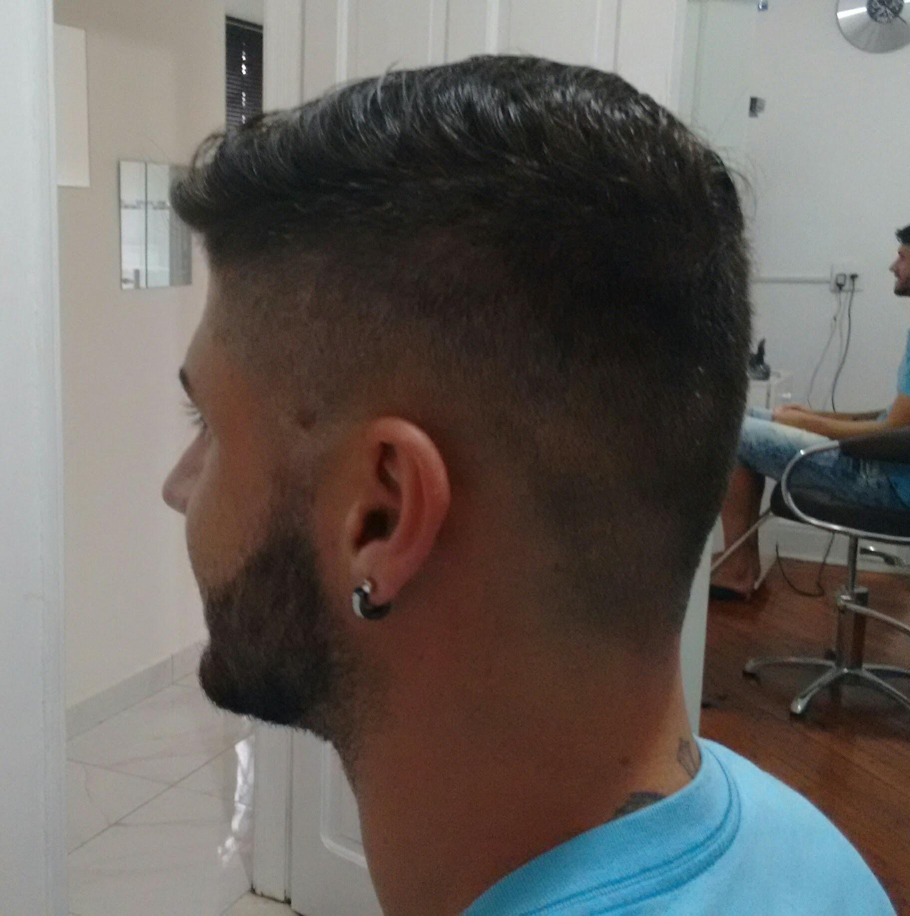Só corte sem barba cabelo barbeiro(a)