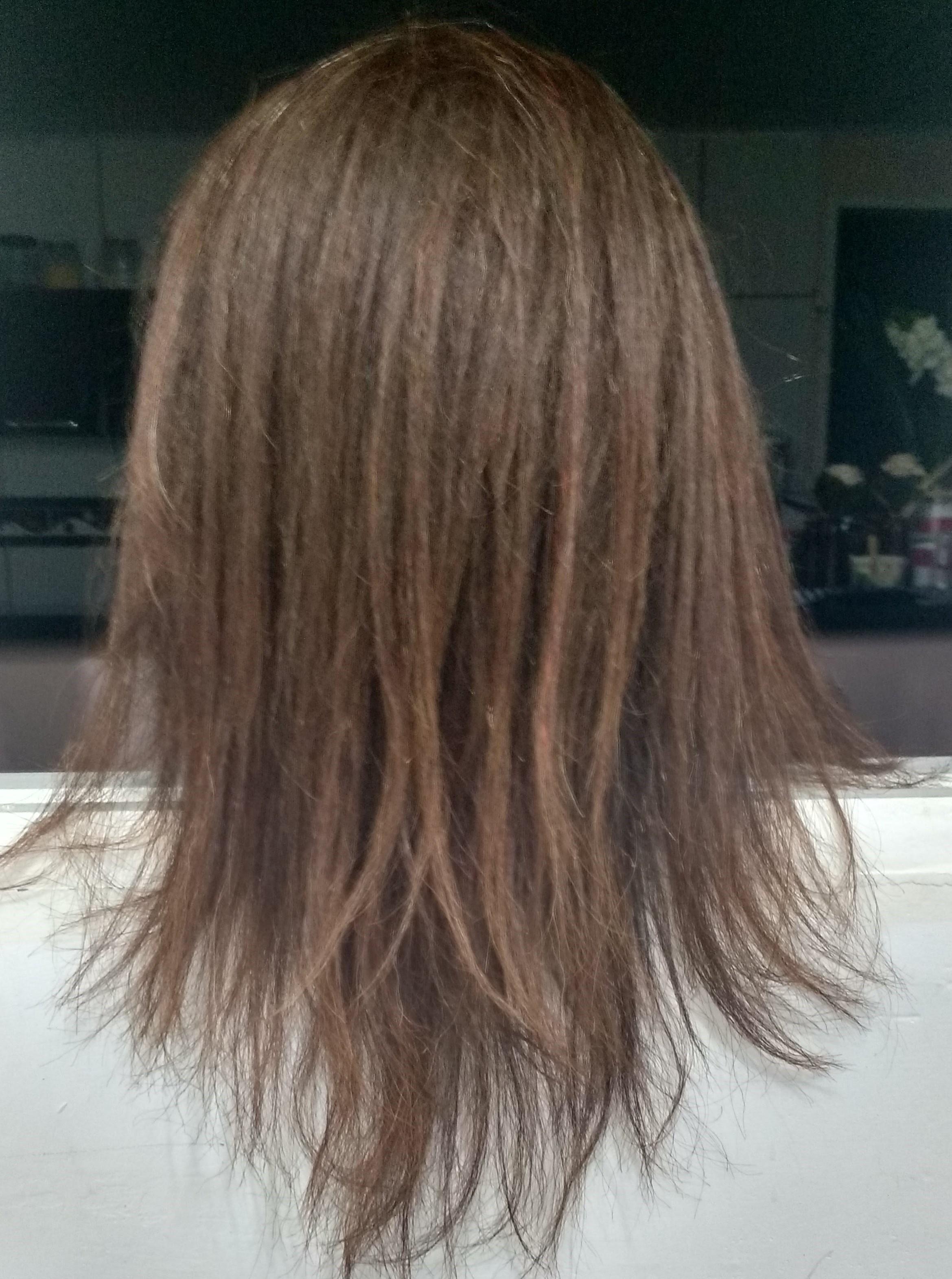Corte em V  cabelo estudante (cabeleireiro)