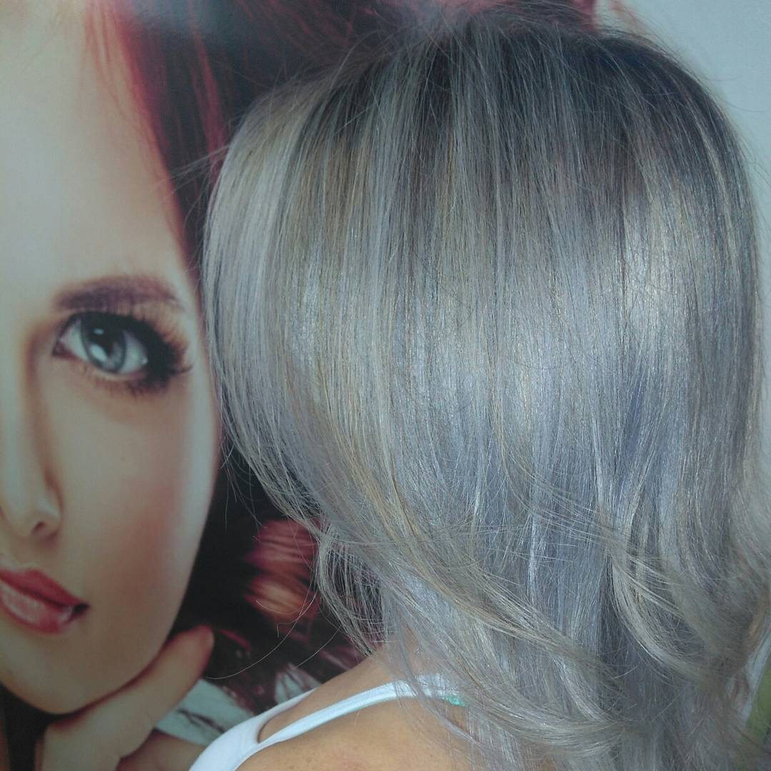 Platinado cabelo cabeleireiro(a)