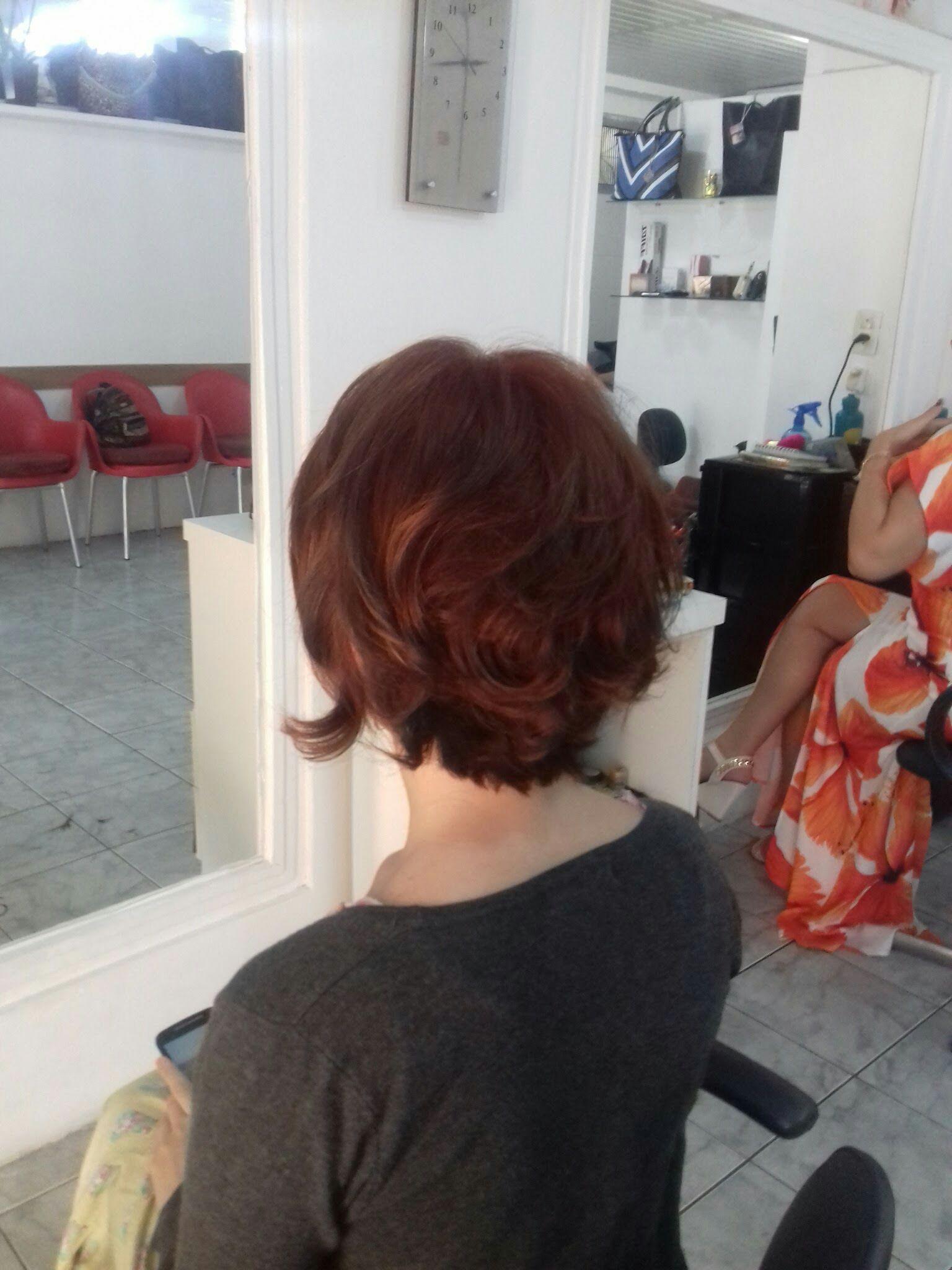 Muita cor cabeleireiro(a)