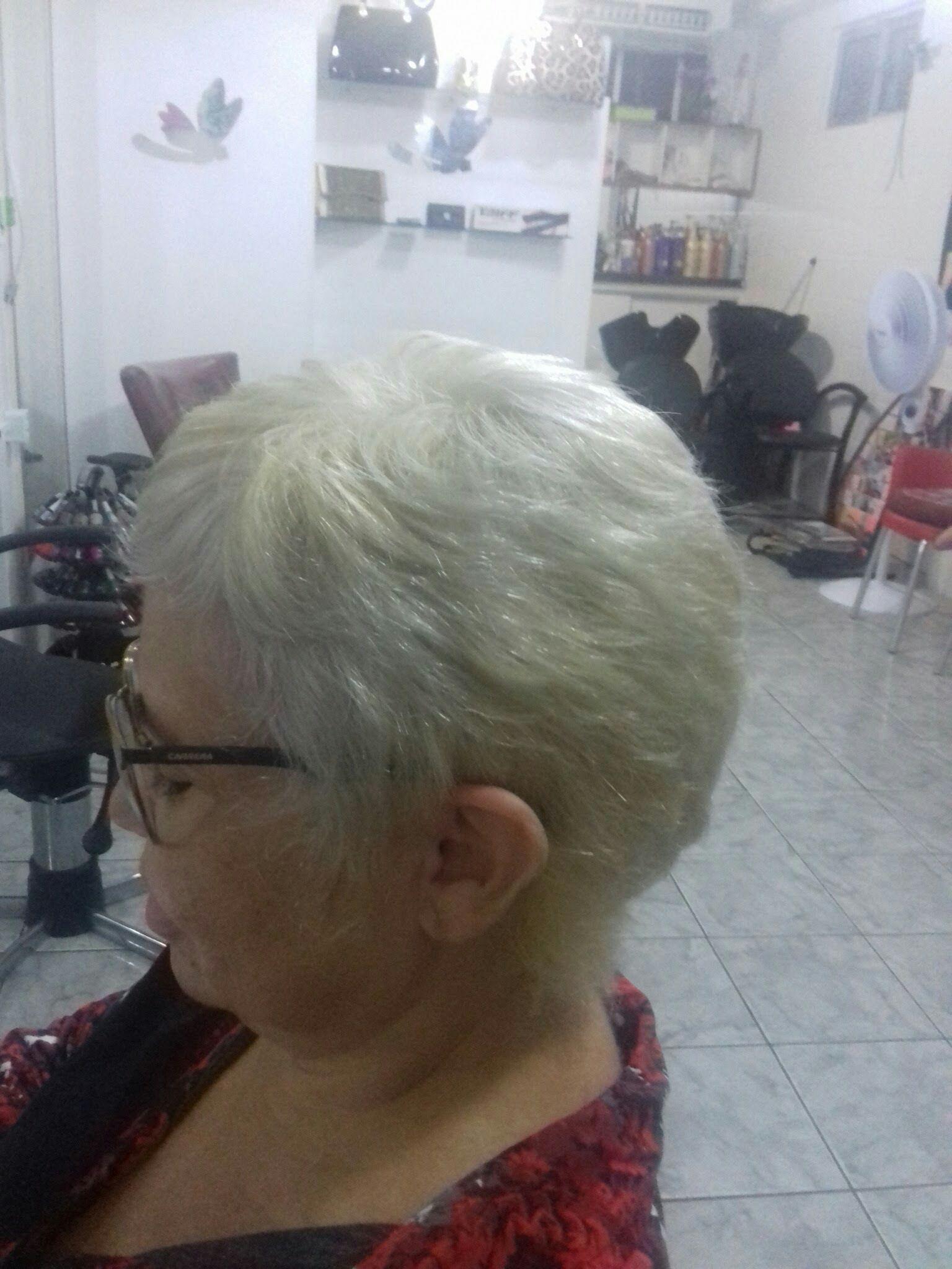 Mudança cabelo cabeleireiro(a)
