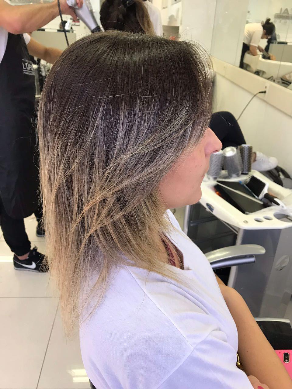 Corte: Blunt Hair + Hidratação Inforcer Serie Expert de @lorealpro . #lorealpro #lorealparis #inforcerloreal #blunthair #porquevocevalemuito cabelo estudante (cabeleireiro) auxiliar cabeleireiro(a) cabeleireiro(a)